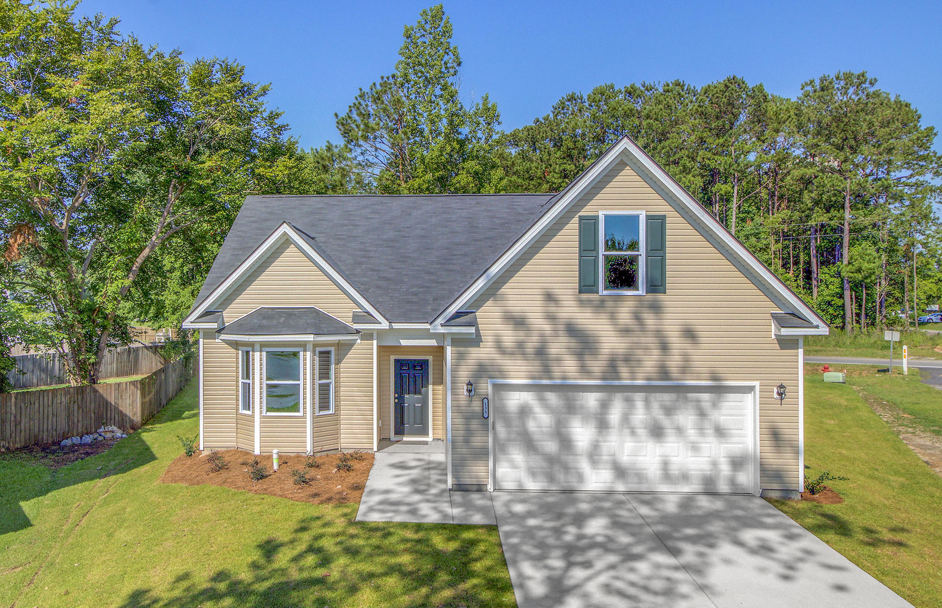 135 Egret Lane Goose Creek, SC 29445