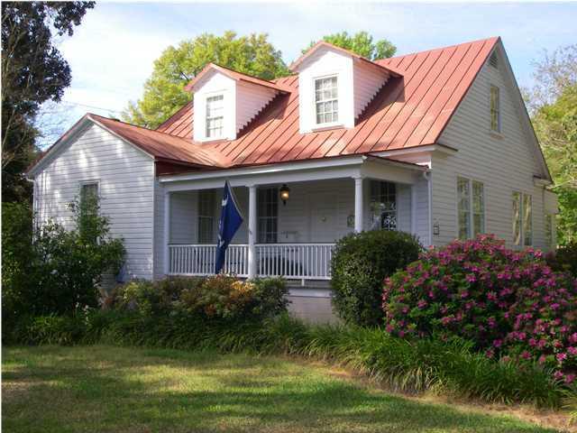 685 Folly Road Charleston, SC 29412