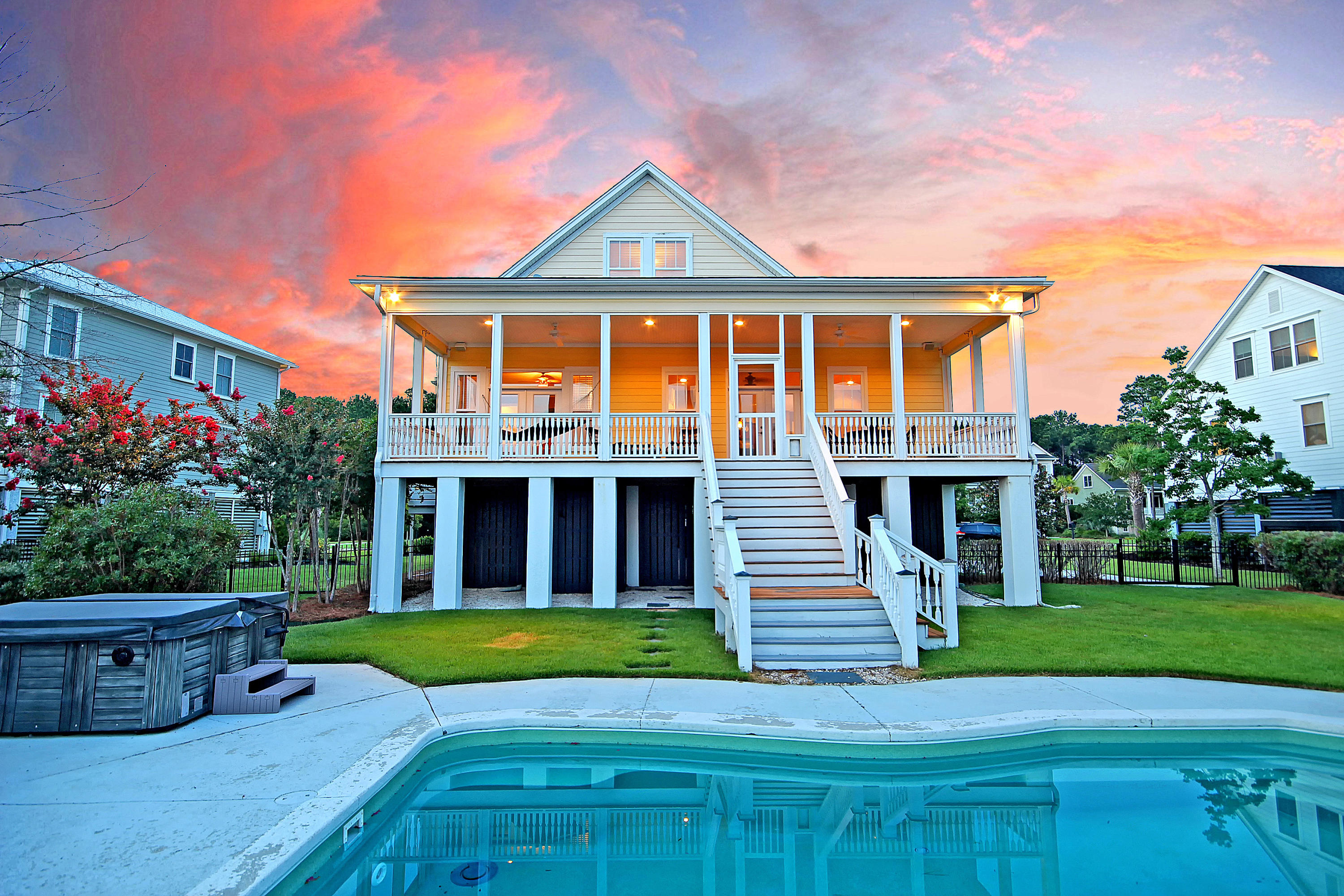 Rivertowne Country Club Homes For Sale - 1536 Rivertowne Country Club, Mount Pleasant, SC - 2