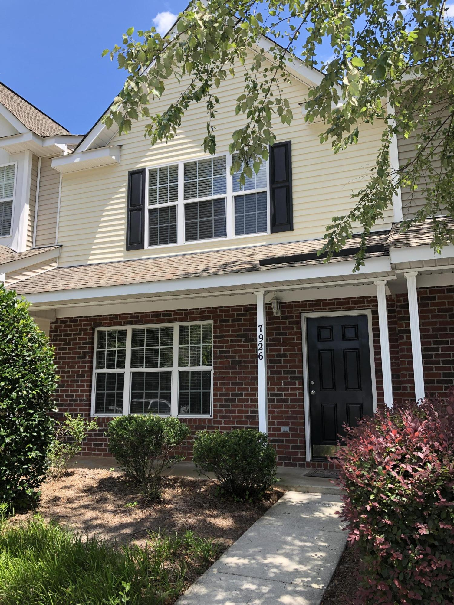 7926 Shadow Oak Drive North Charleston, SC 29406