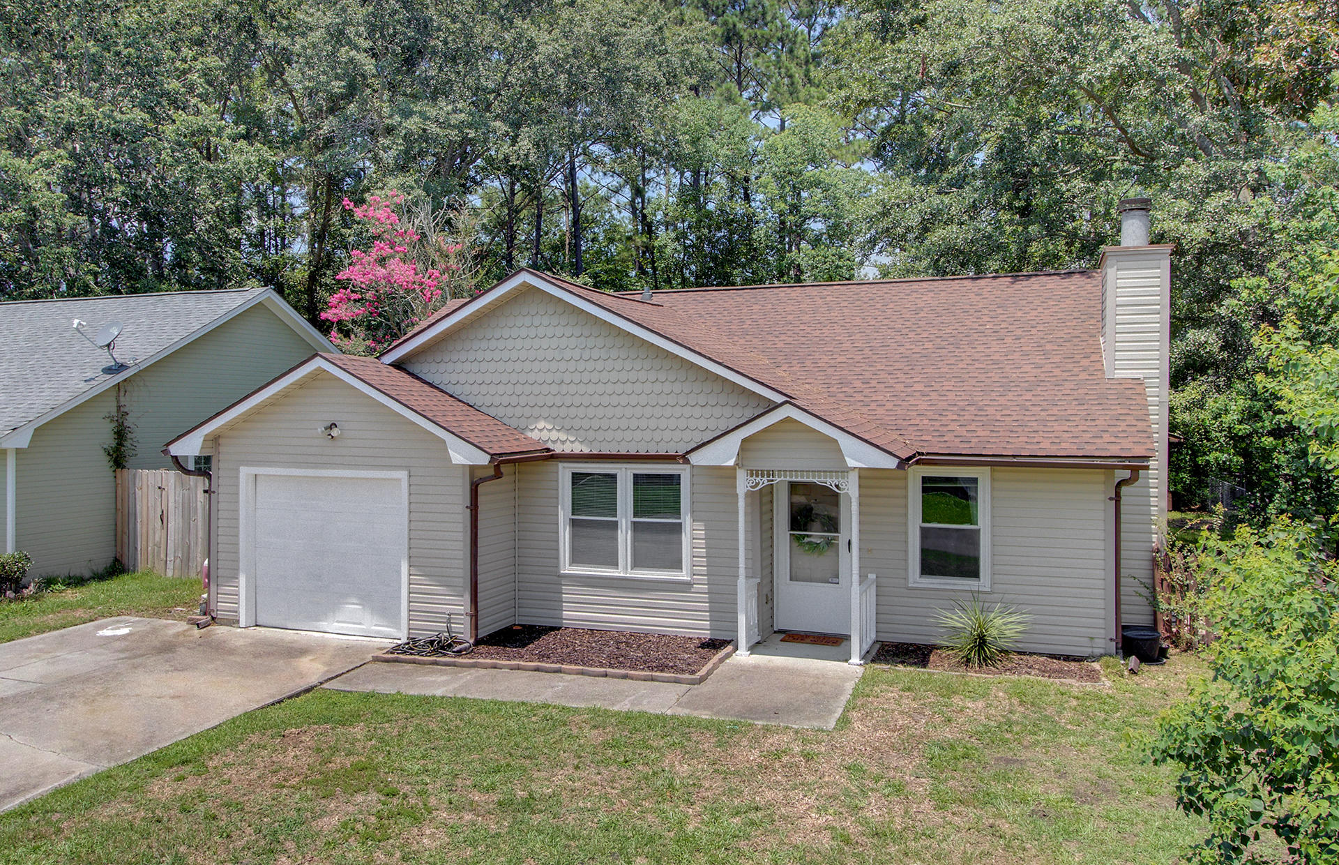 121 Tennyson Way Summerville, Sc 29486