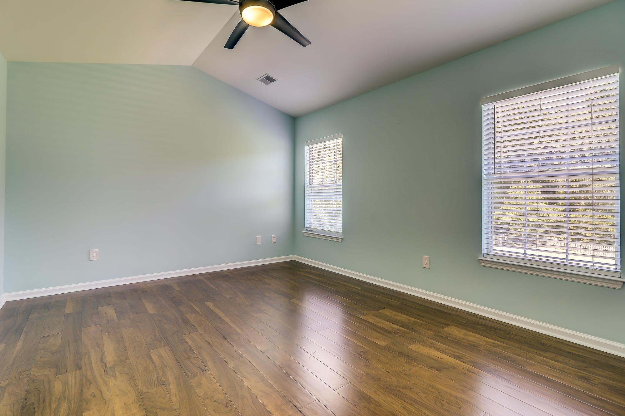 513 Saville Row Charleston, SC 29414