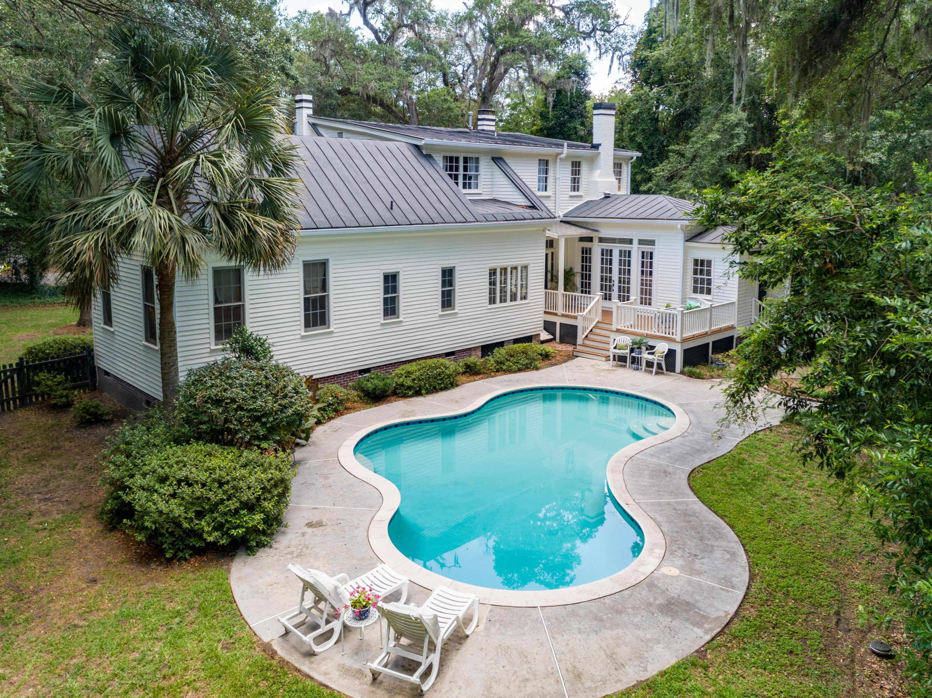 Historic District Homes For Sale - 115 Briarwood, Summerville, SC - 16