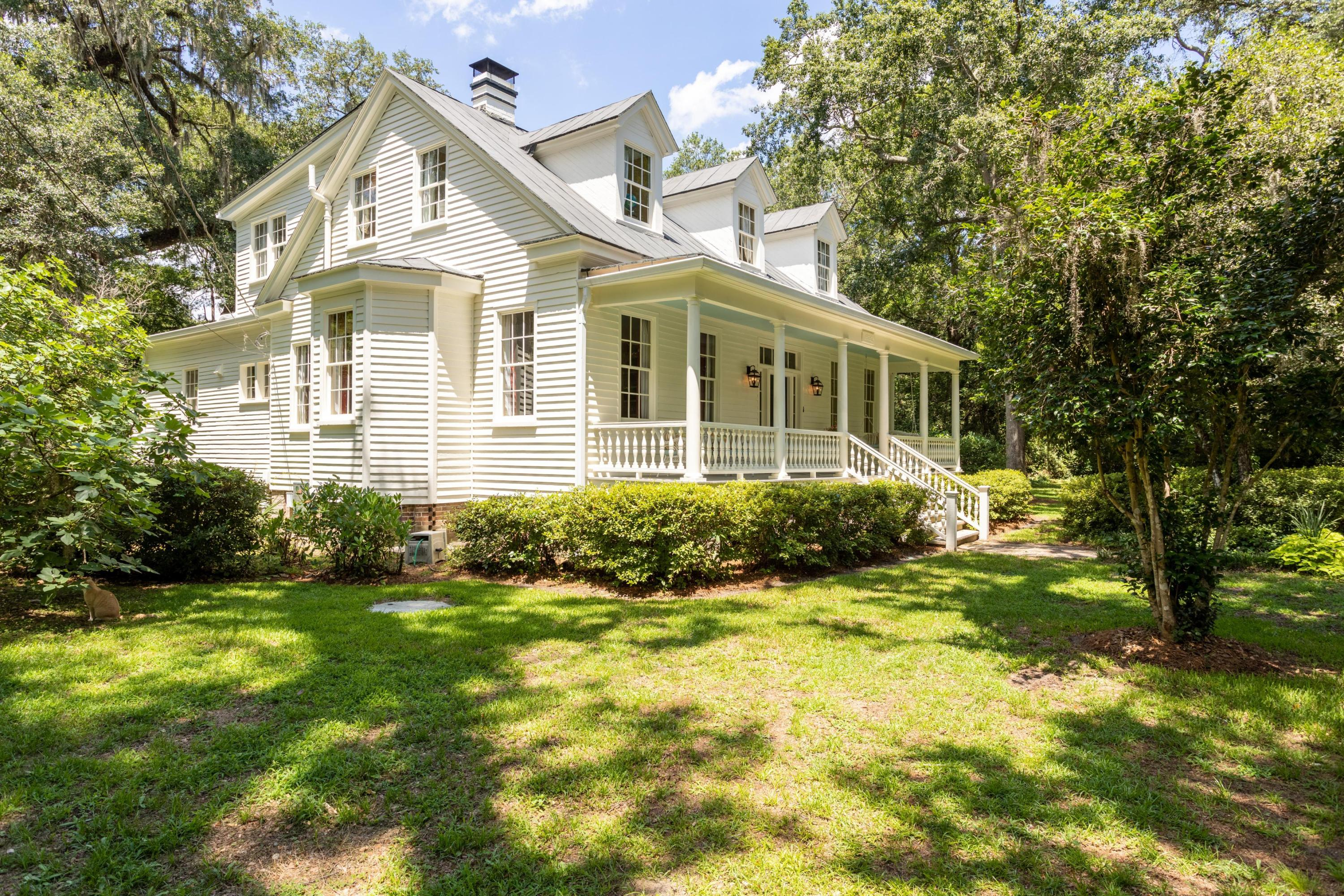 Historic District Homes For Sale - 115 Briarwood, Summerville, SC - 33