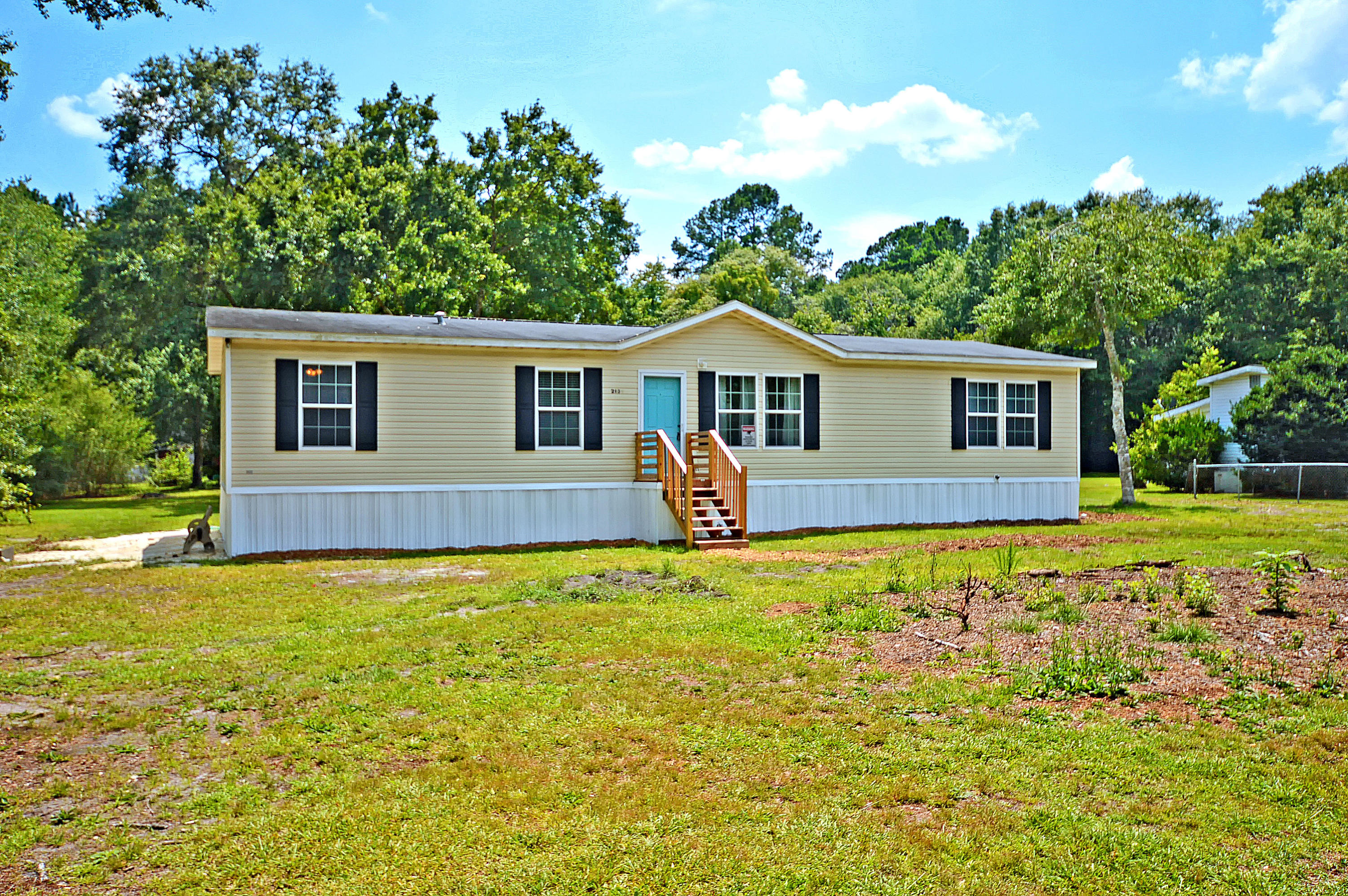213 Gross Avenue Moncks Corner, Sc 29461