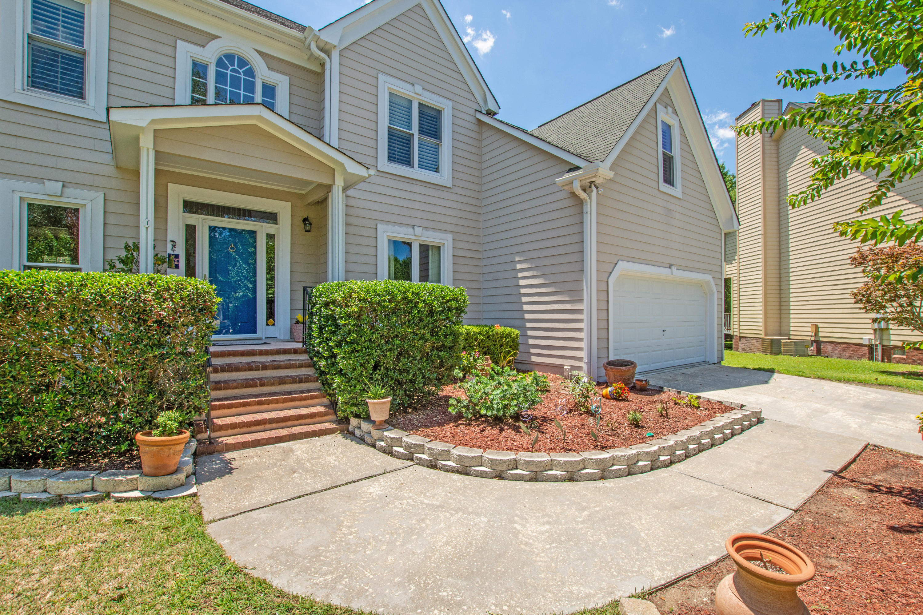 2705 Gaston Gate Mount Pleasant, SC 29466