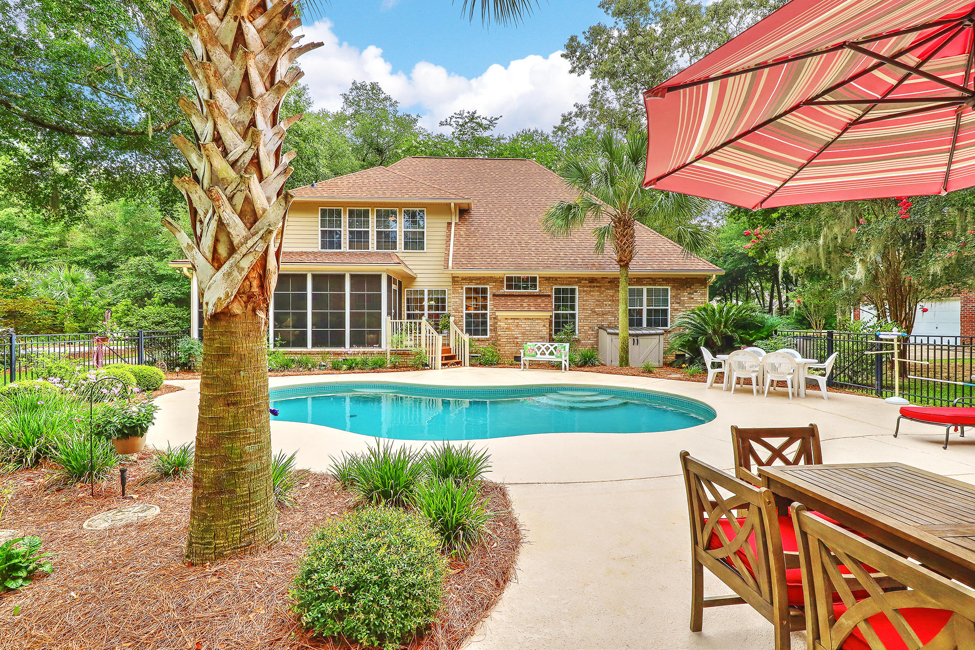5205 Forest Oaks Drive Hollywood, Sc 29449