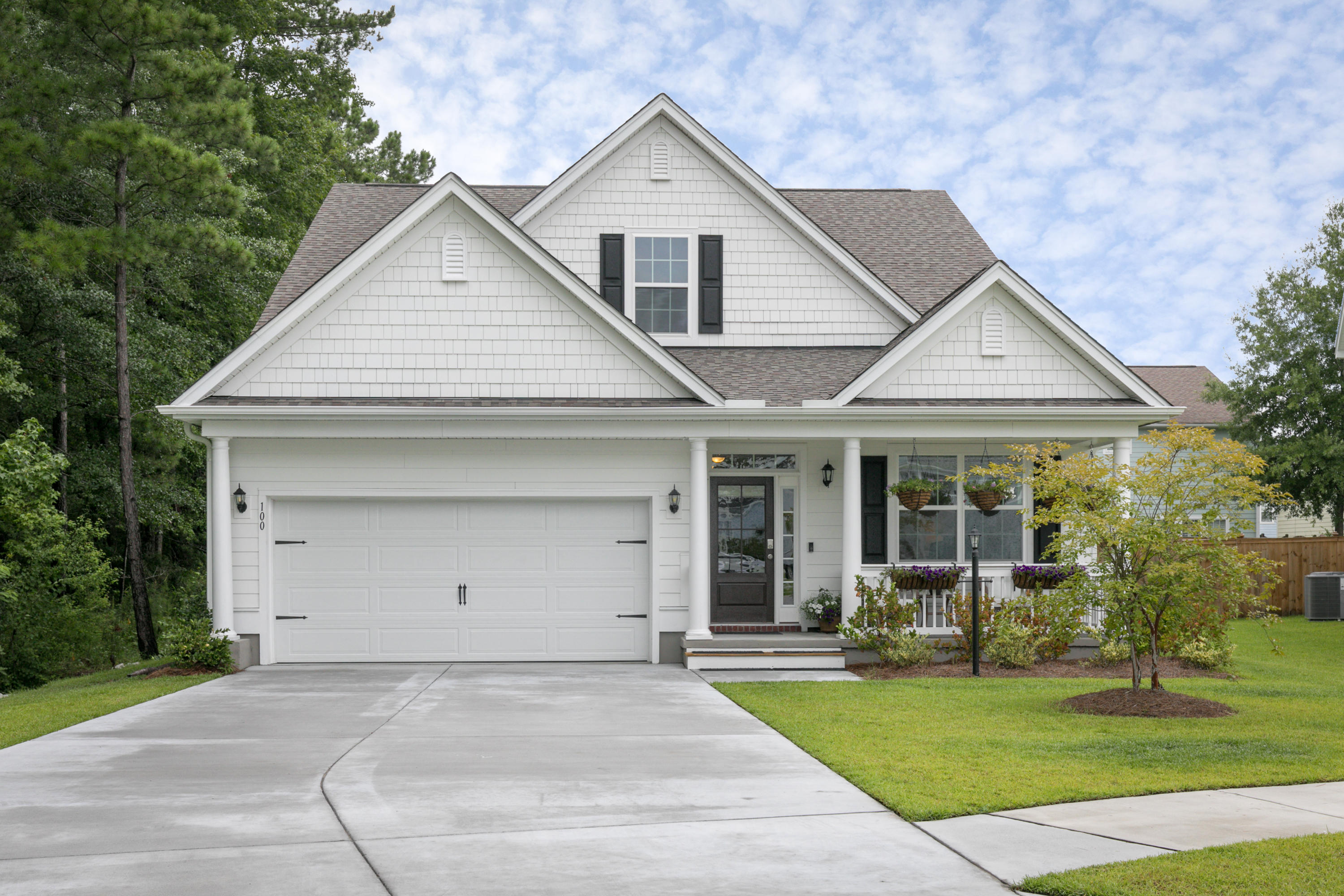 100 Waning Way Wando, SC 29492