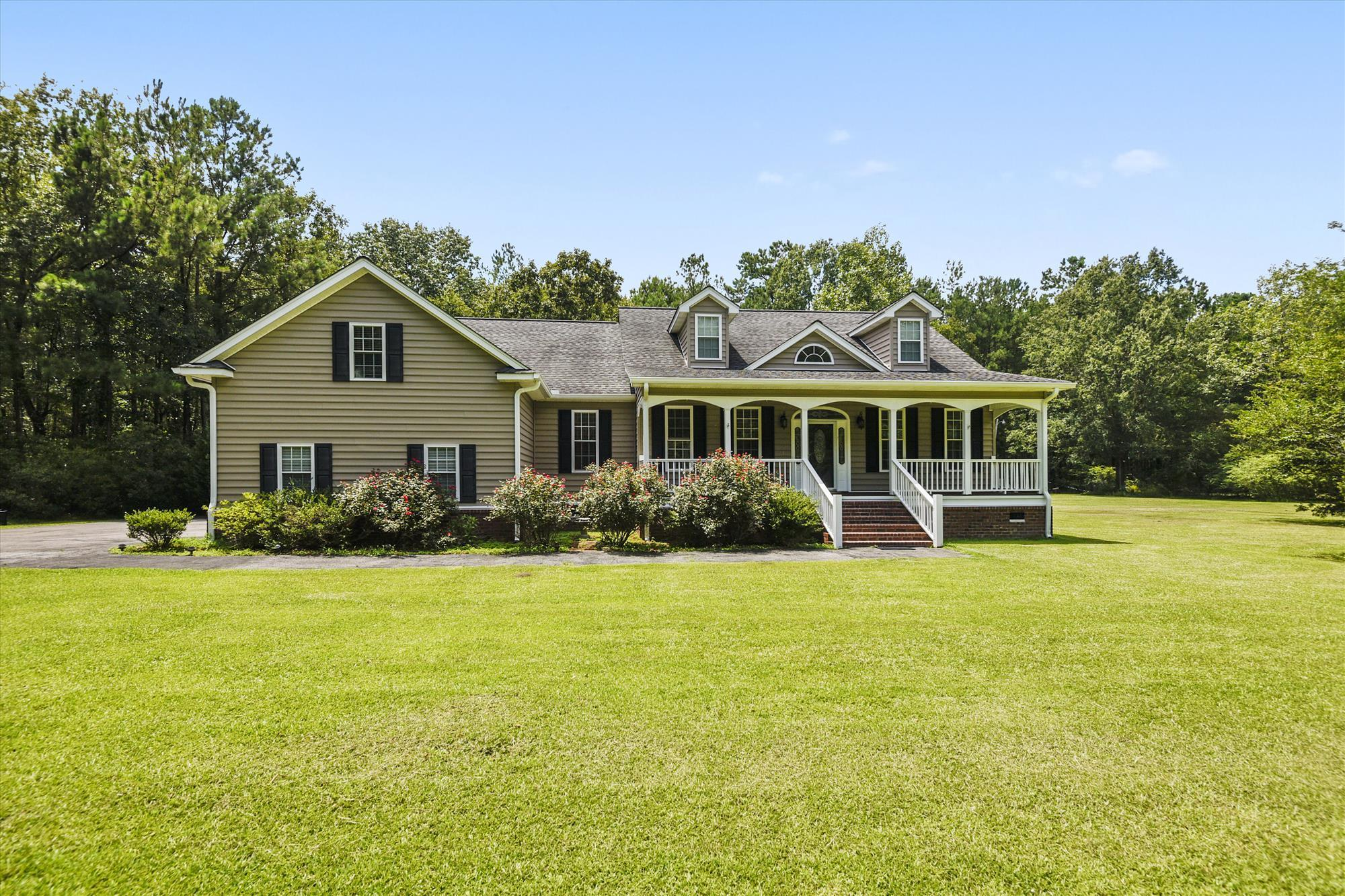 579 Hill Branch Road Ridgeville, SC 29472