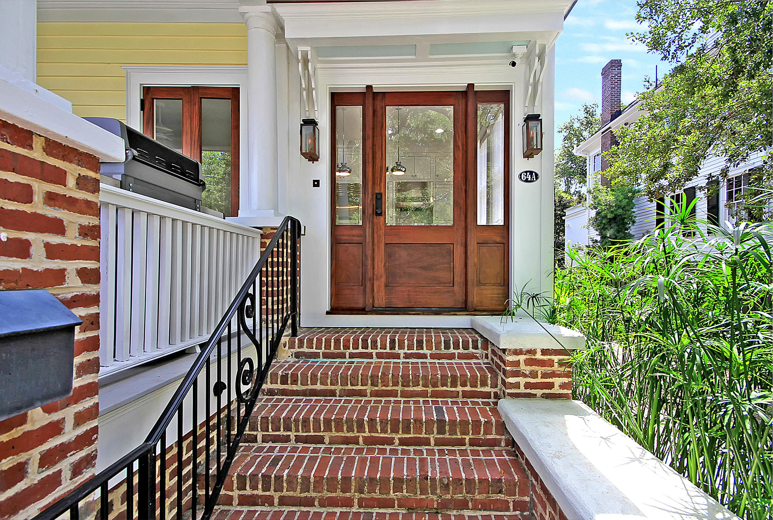 64 Lenwood Boulevard Charleston, SC 29401