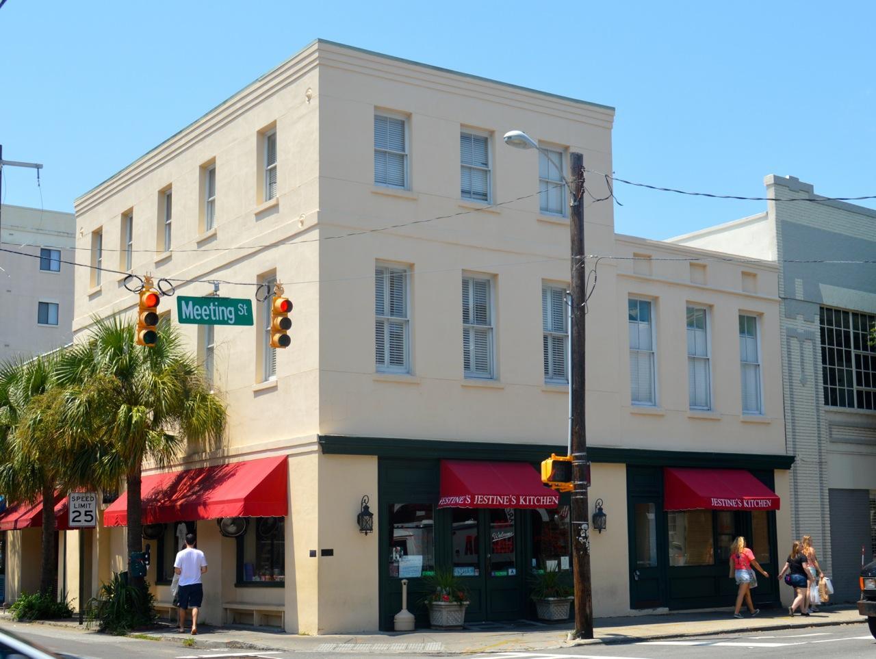 54 Wentworth Street Charleston, SC 29401