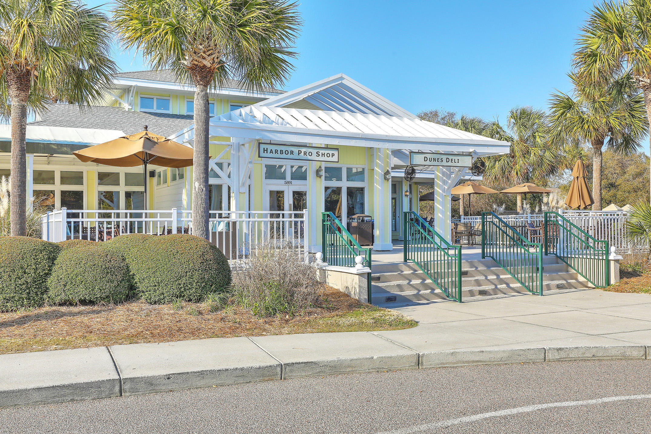 Wild Dunes Homes For Sale - 404 Summerhouse, Isle of Palms, SC - 41