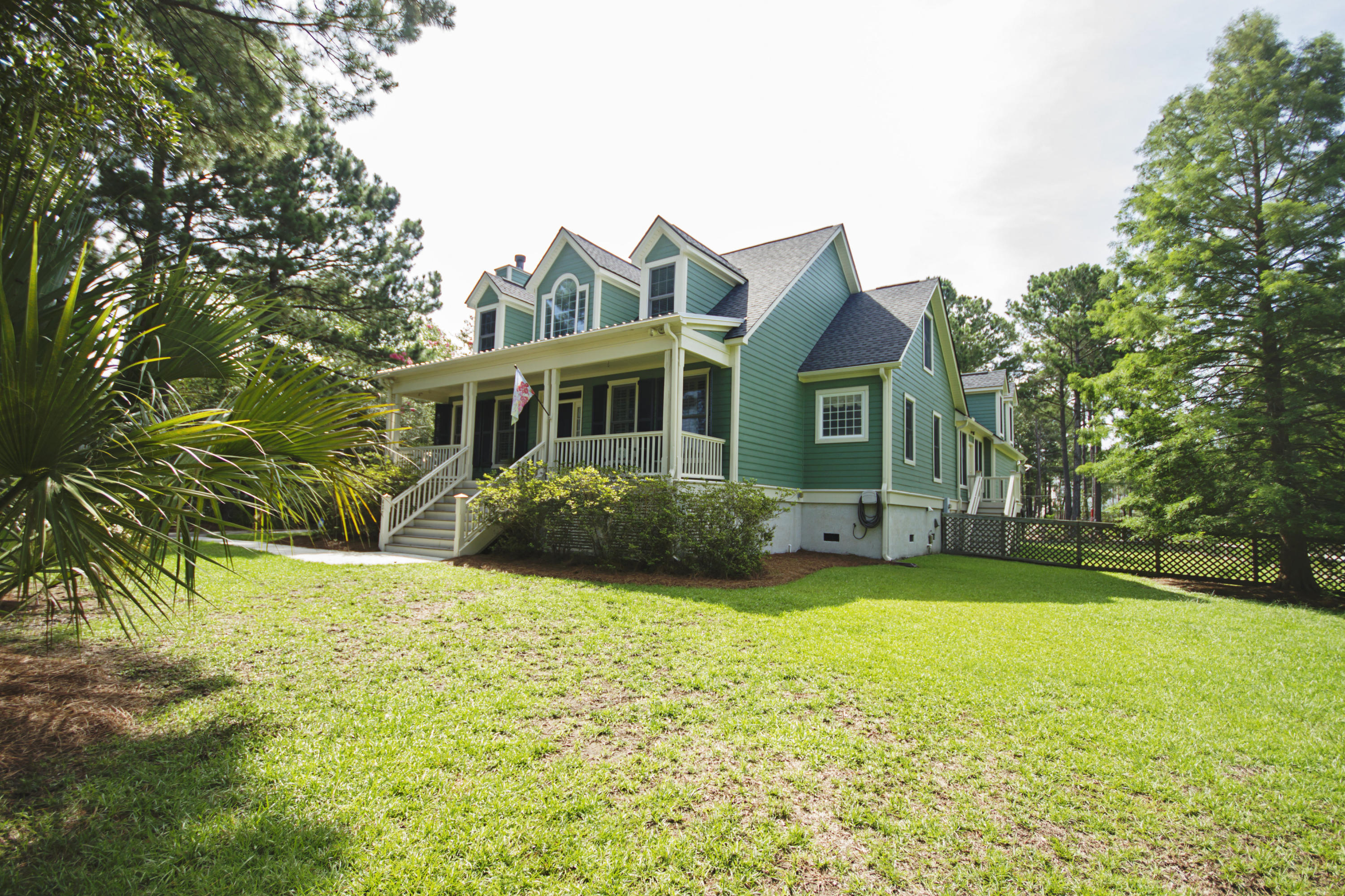 437 Commonwealth Road Mount Pleasant, SC 29466