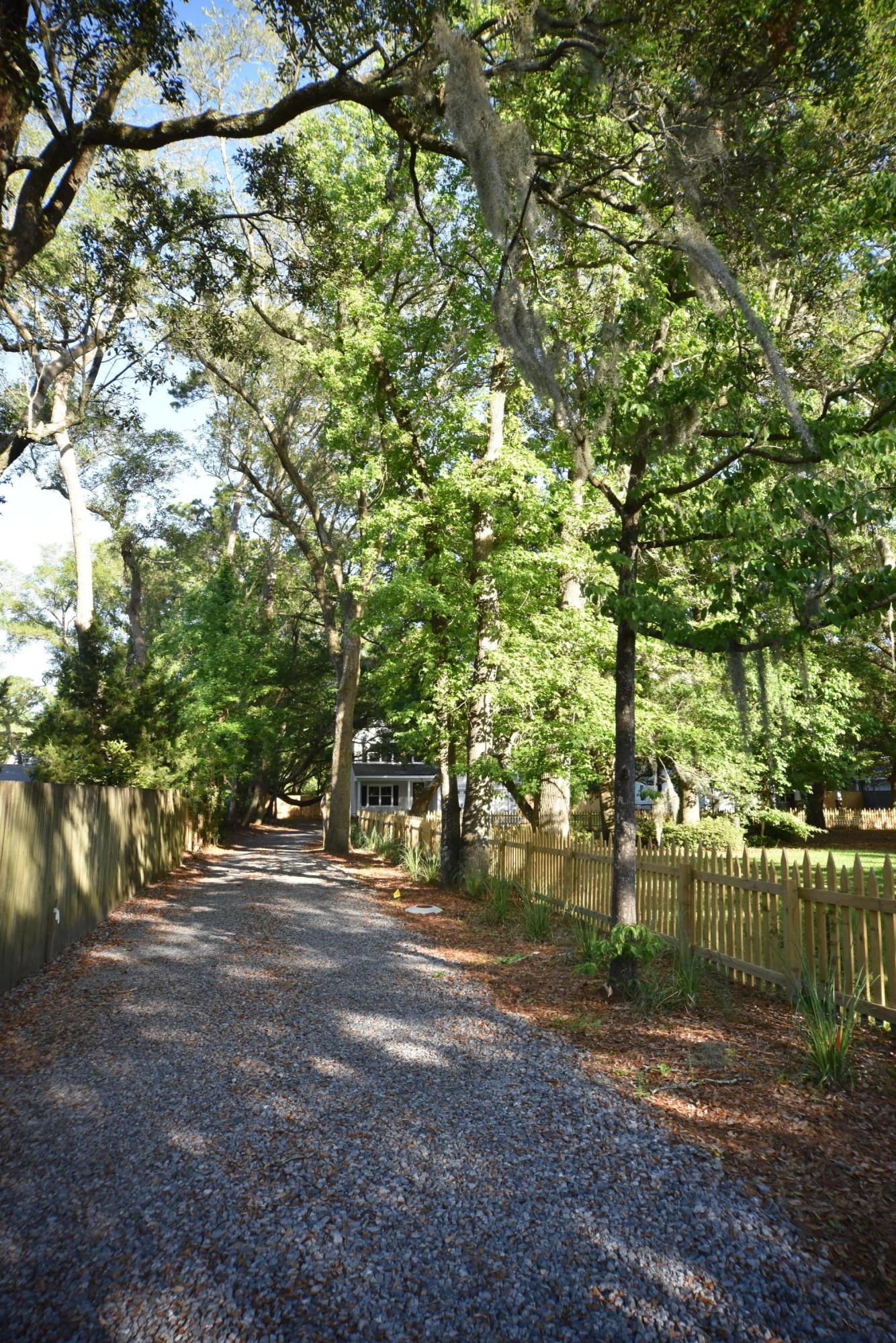 705 Fort Johnson Road Charleston, SC 29412