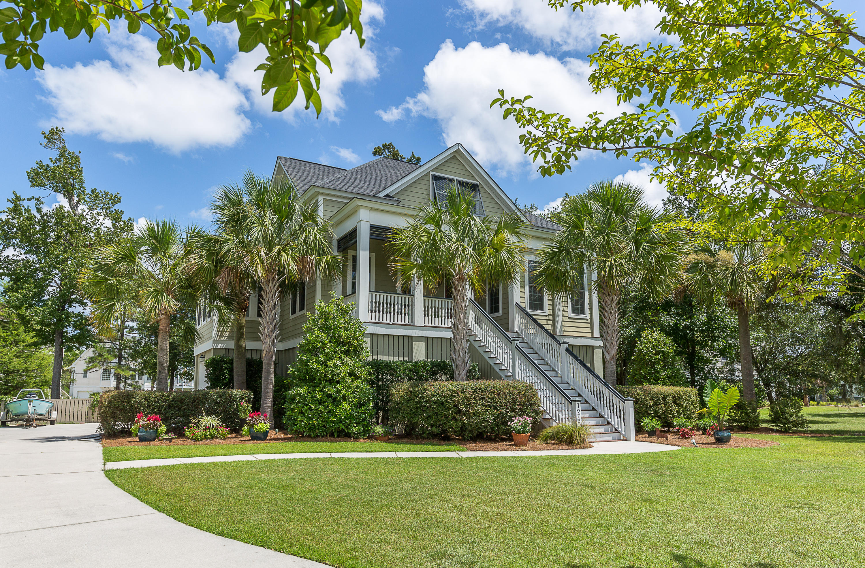 1240 Blue Sky Lane Charleston, SC 29492