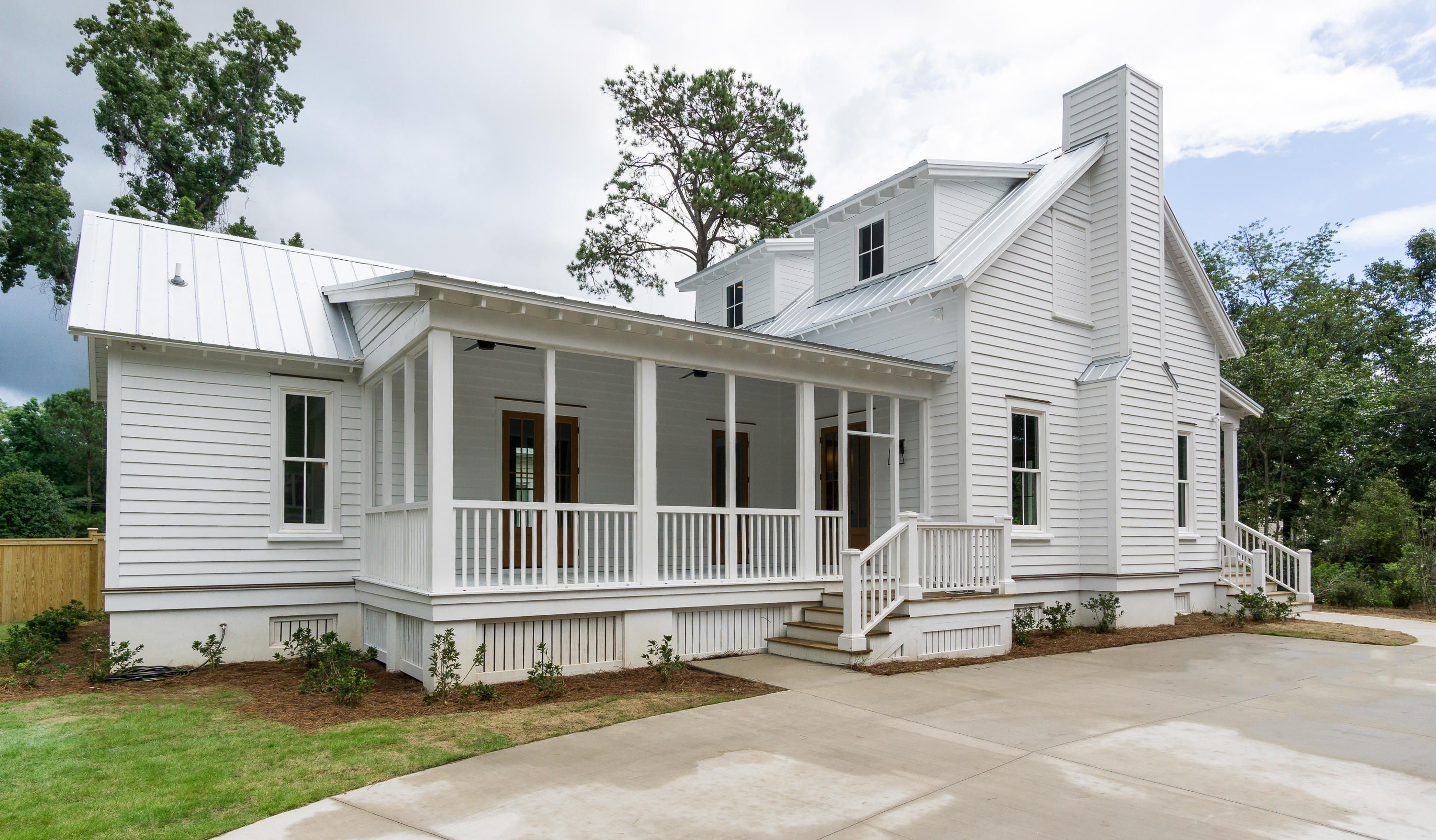 51 Parkwood Avenue Charleston, SC 29403