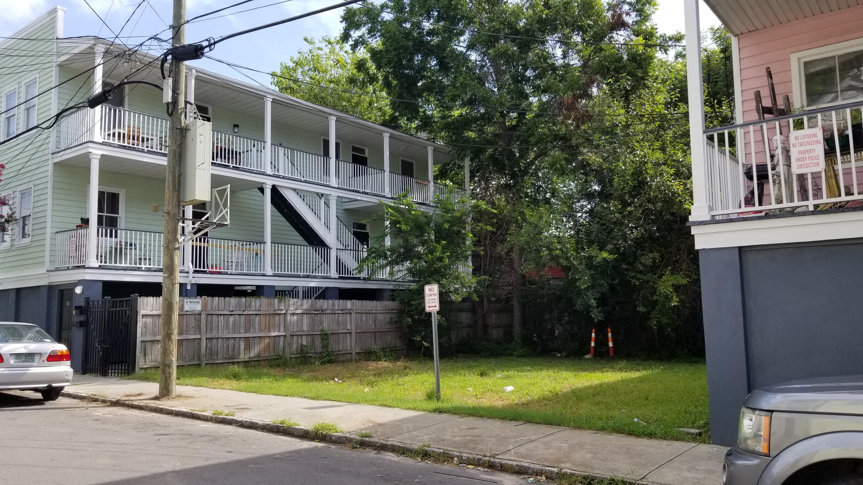8 Hanover Street Charleston, SC 29403