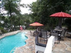 Property for sale at 218 Shaftesbury Lane, Summerville,  South Carolina 29485