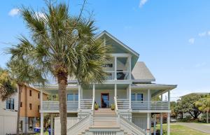 221 Charleston Boulevard, Isle of Palms, SC 29451
