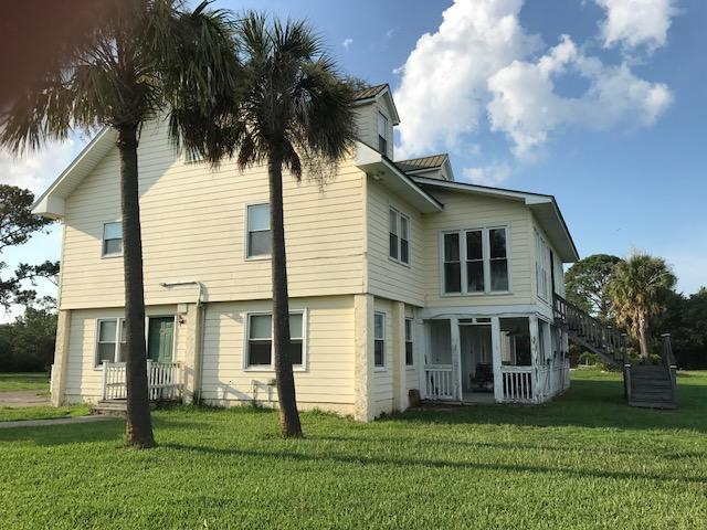 2407 Sol Legare Charleston, SC 29412