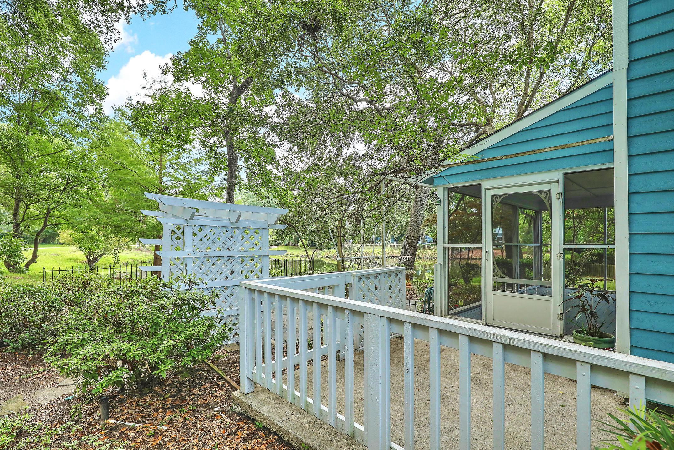 1420 School House Road Mount Pleasant, SC 29464