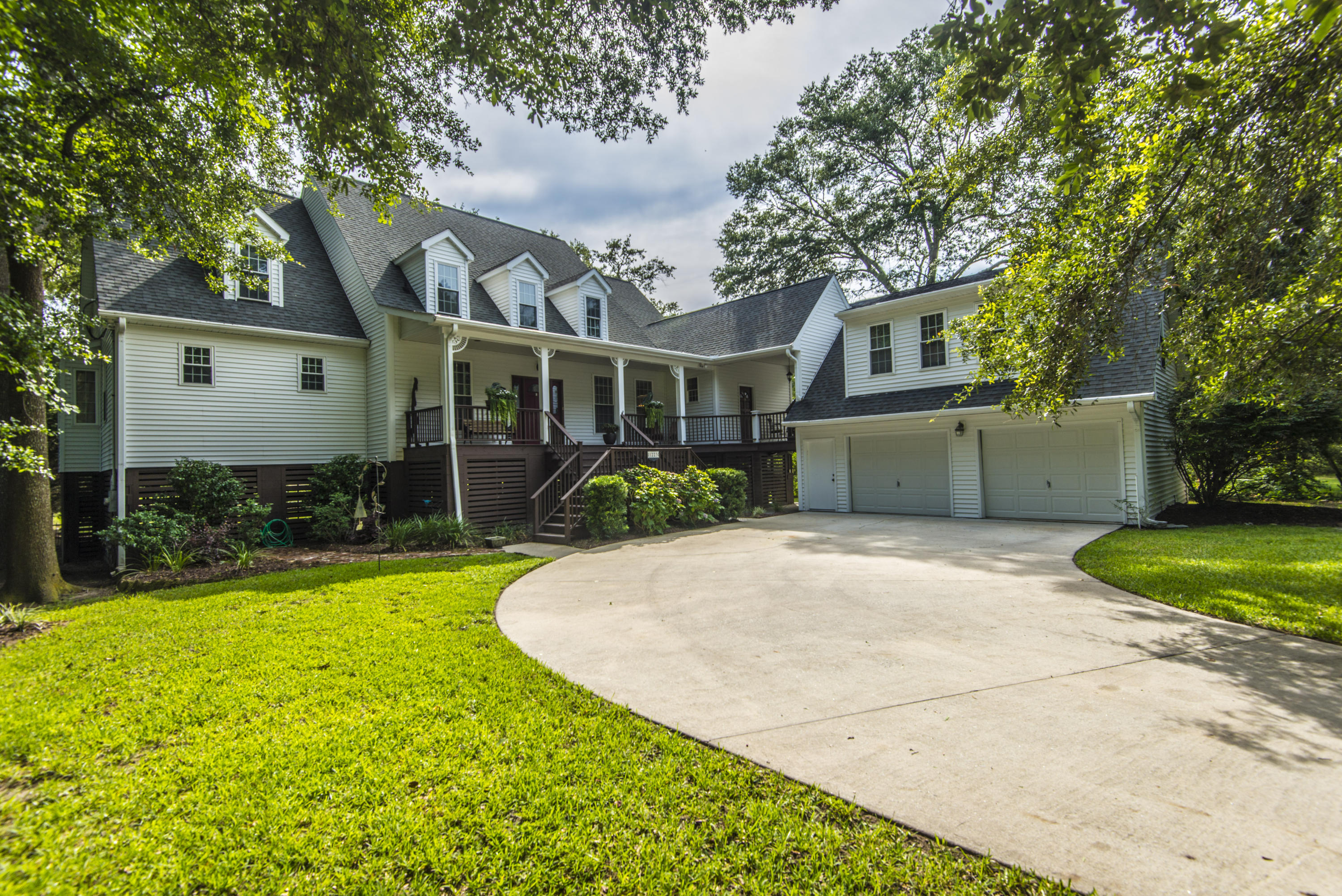 1223 Midvale Avenue Charleston, SC 29412