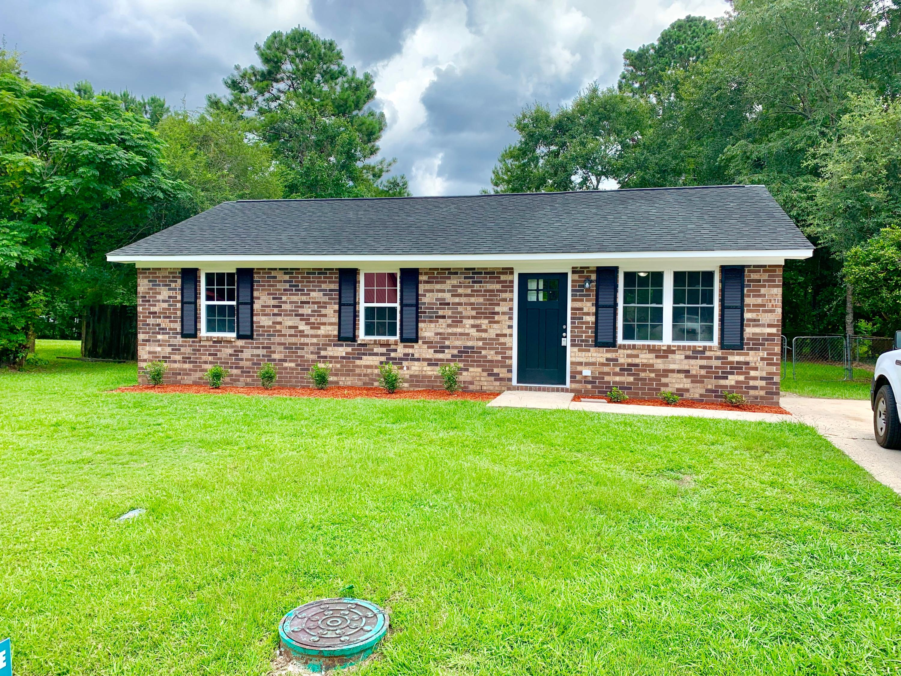 201 Bluebell Avenue Summerville, SC 29483