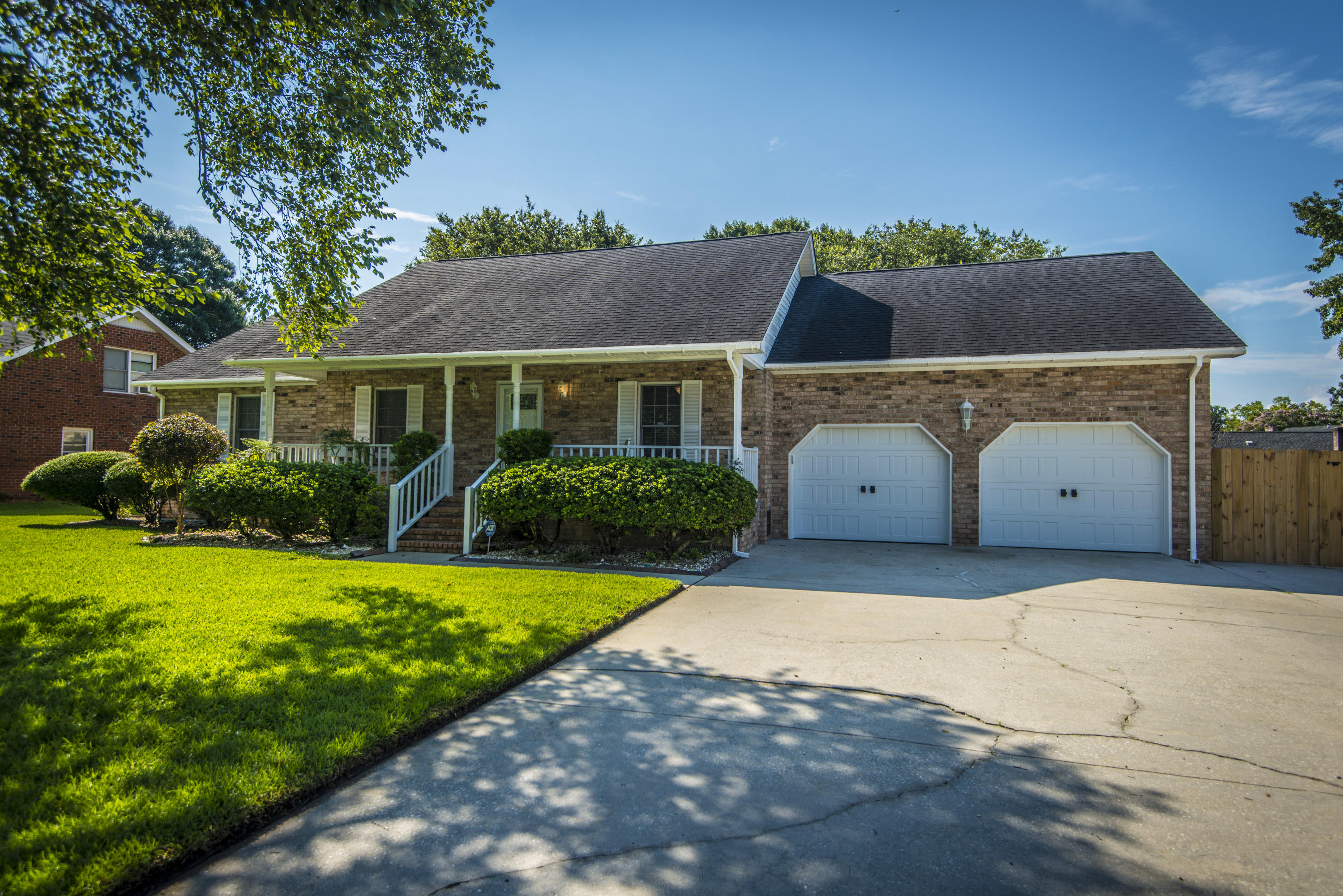 2135 Hunter Creek Drive Charleston, SC 29414