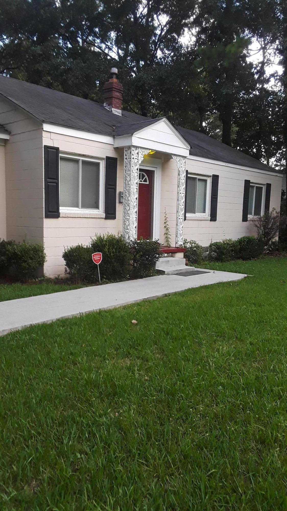 1225 Wimbee Drive Charleston, SC 29407