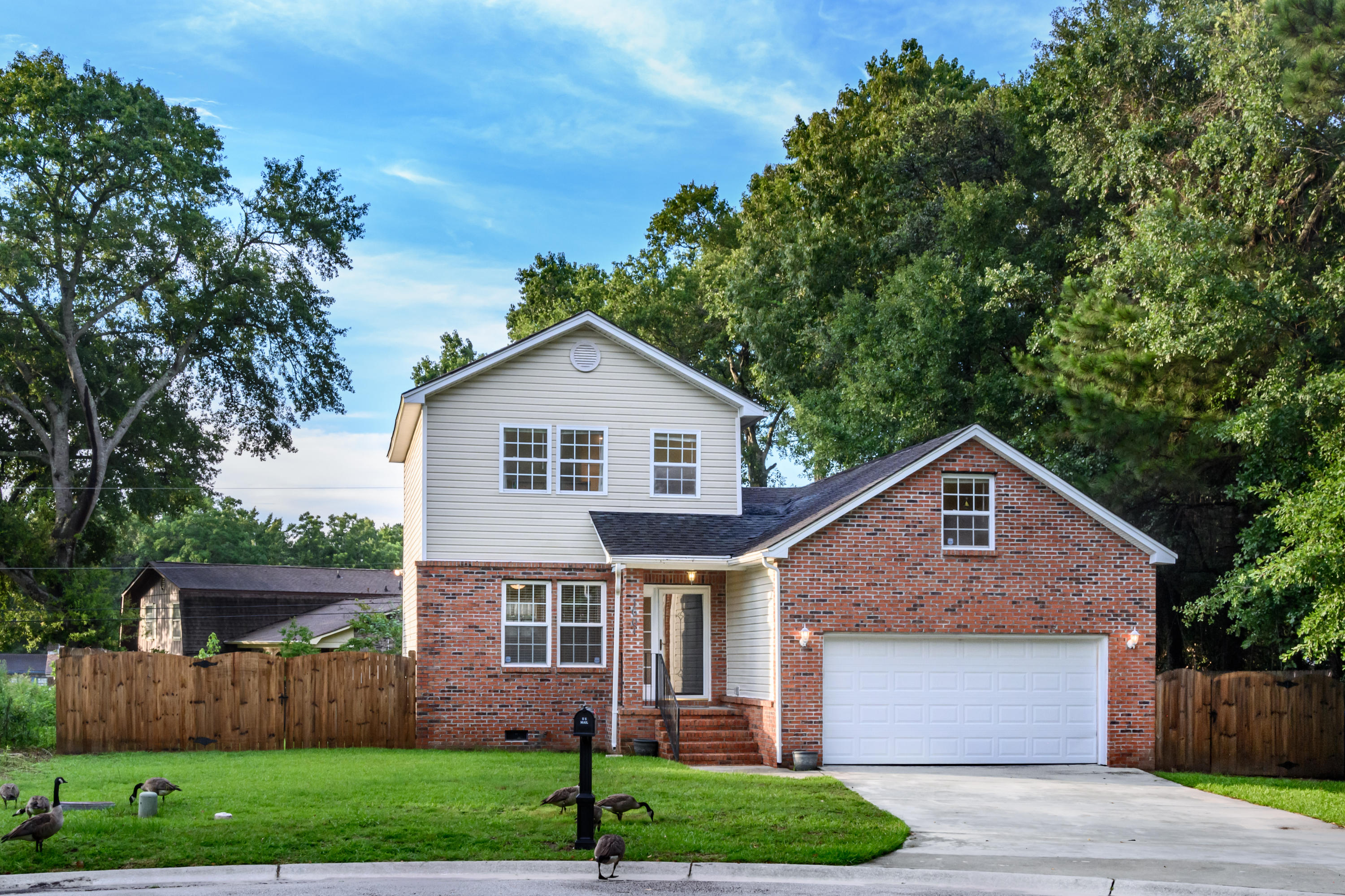 1601 Seloris Court Charleston, SC 29407