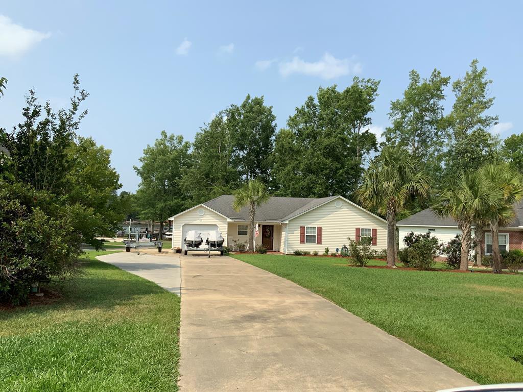 1174 Mill Creek Drive Manning, SC 29102