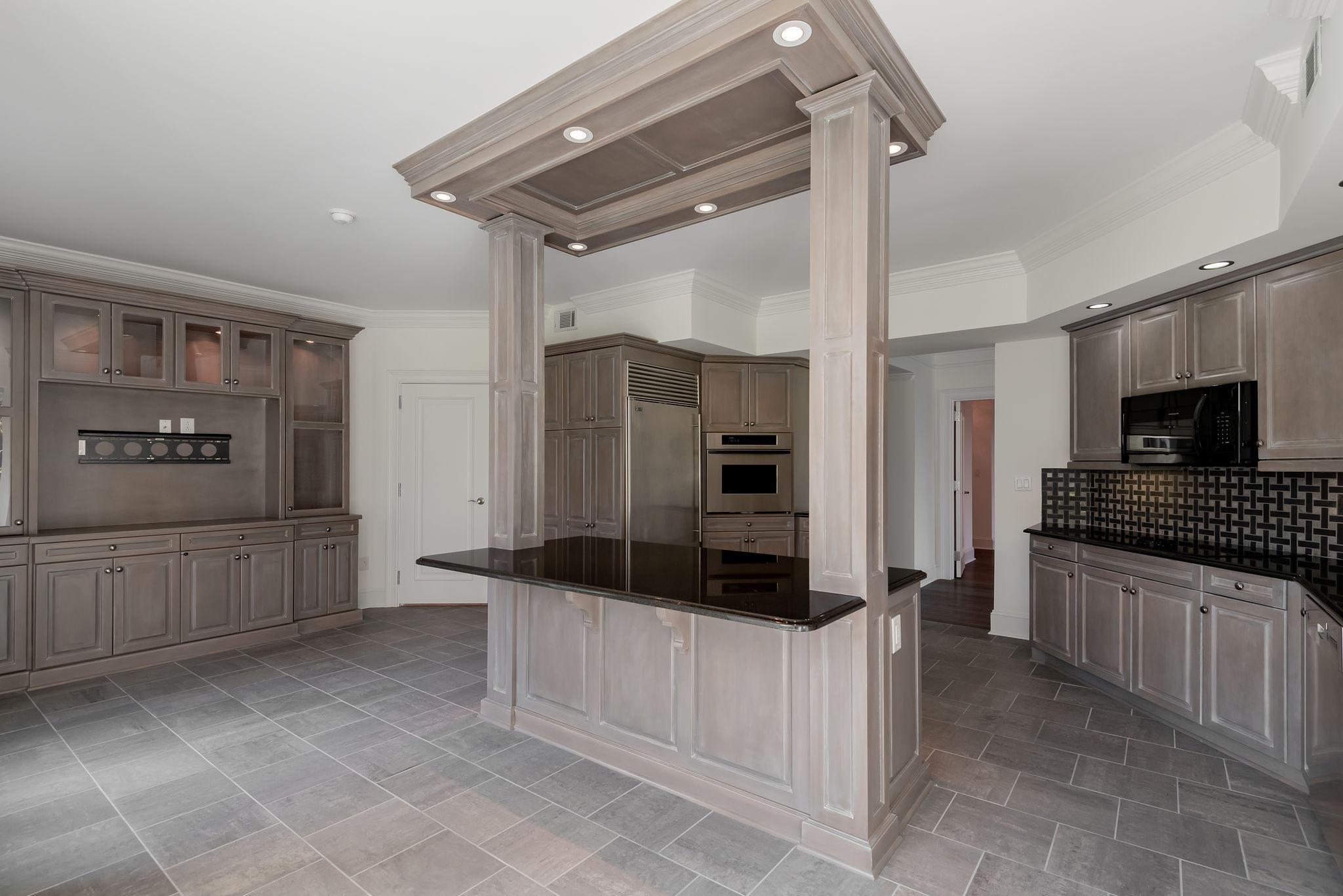 Renaissance On Chas Harbor Homes For Sale - 211 Plaza, Mount Pleasant, SC - 25