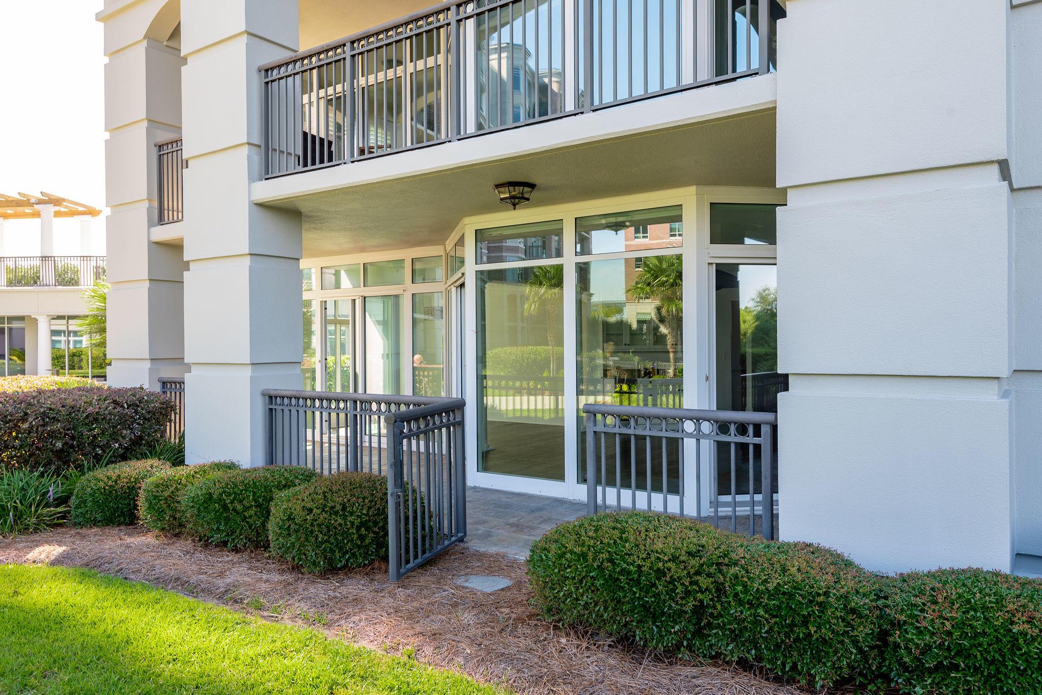 Renaissance On Chas Harbor Homes For Sale - 211 Plaza, Mount Pleasant, SC - 18