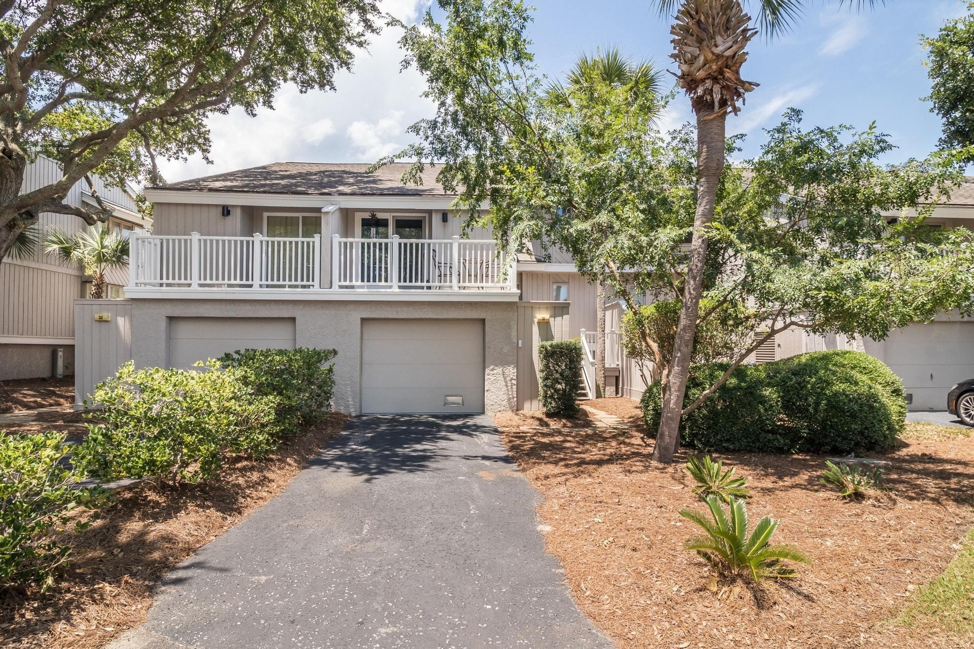 31 Racquet Club Isle Of Palms, SC 29451