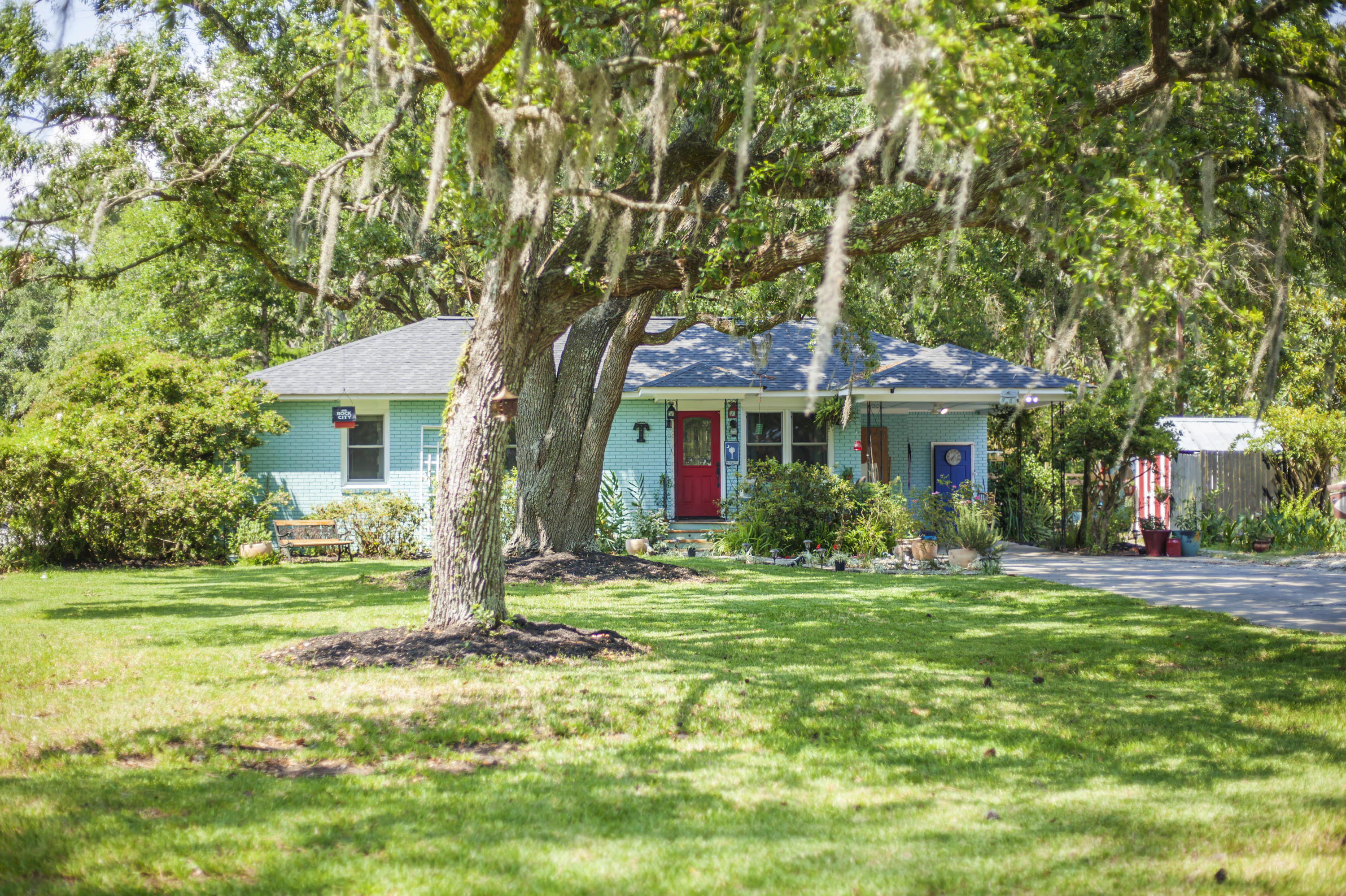 1714 Wappoo Road Charleston, SC 29407