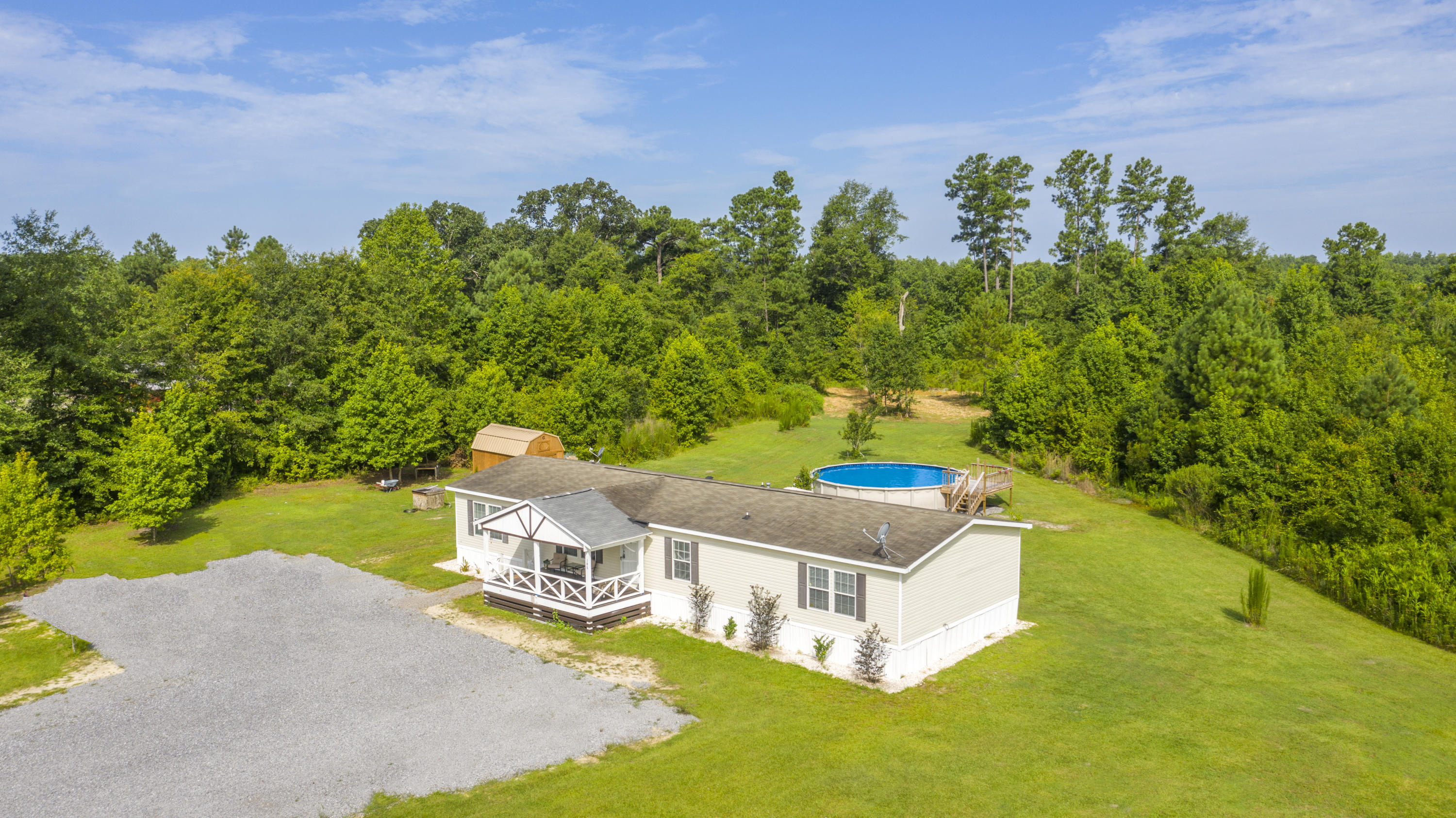 185 Grannys Lane Saint George, SC 29477