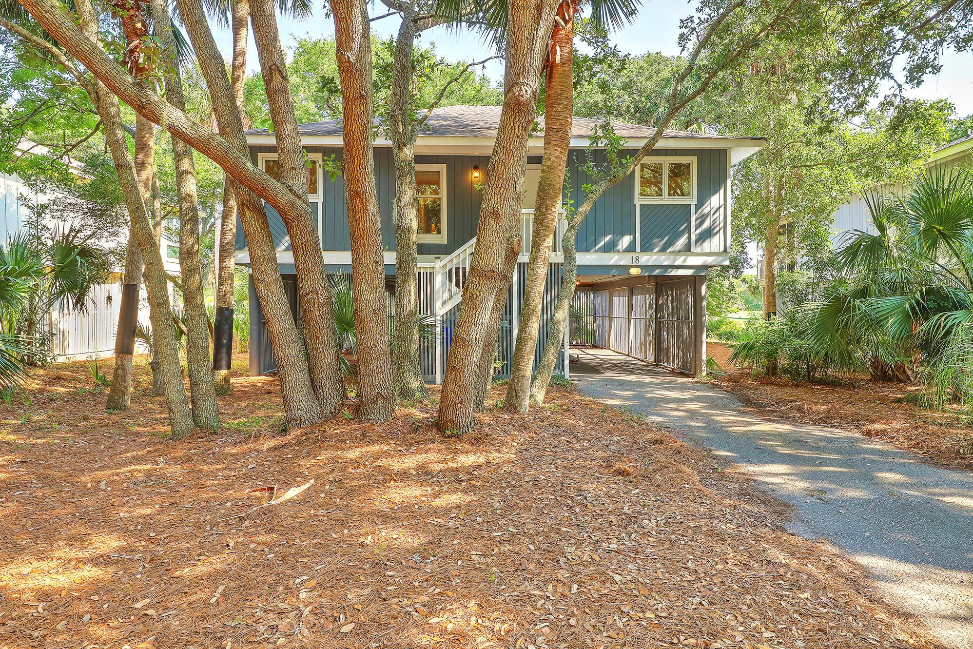 18 Twin Oaks Lane Isle Of Palms, SC 29451
