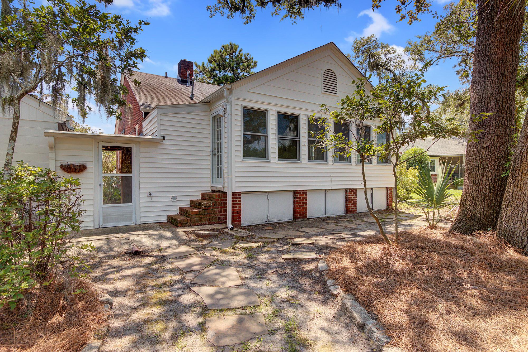 61 Campbell Drive Charleston, SC 29407