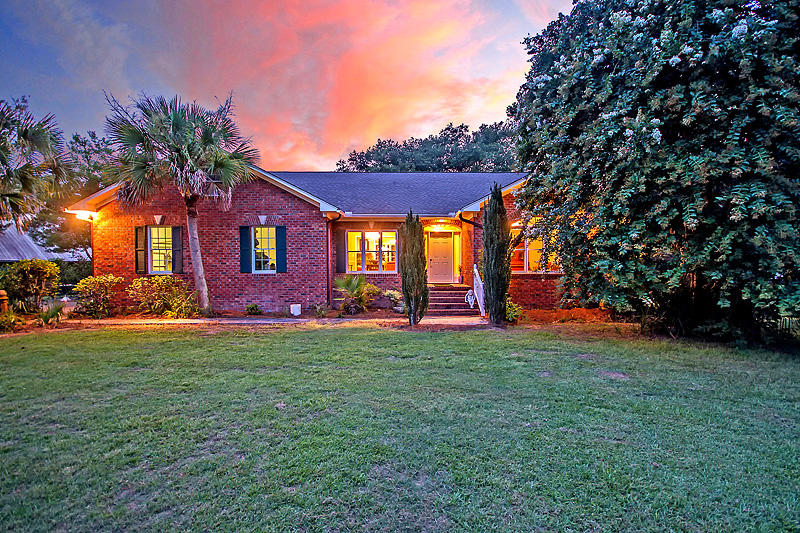 4689 Summit Plantation Road Meggett, SC 29449