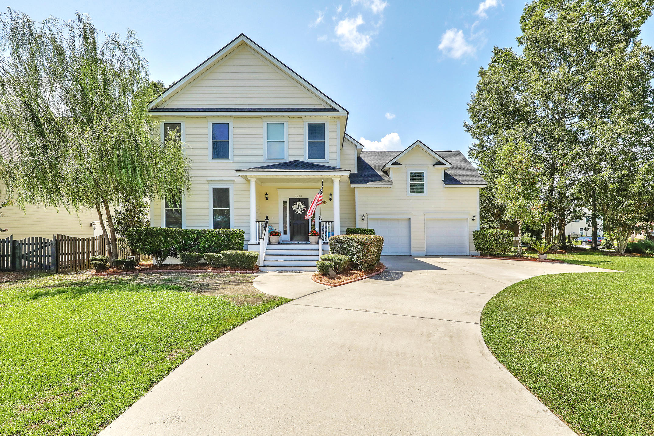 1210 White Tail Path Charleston, SC 29414