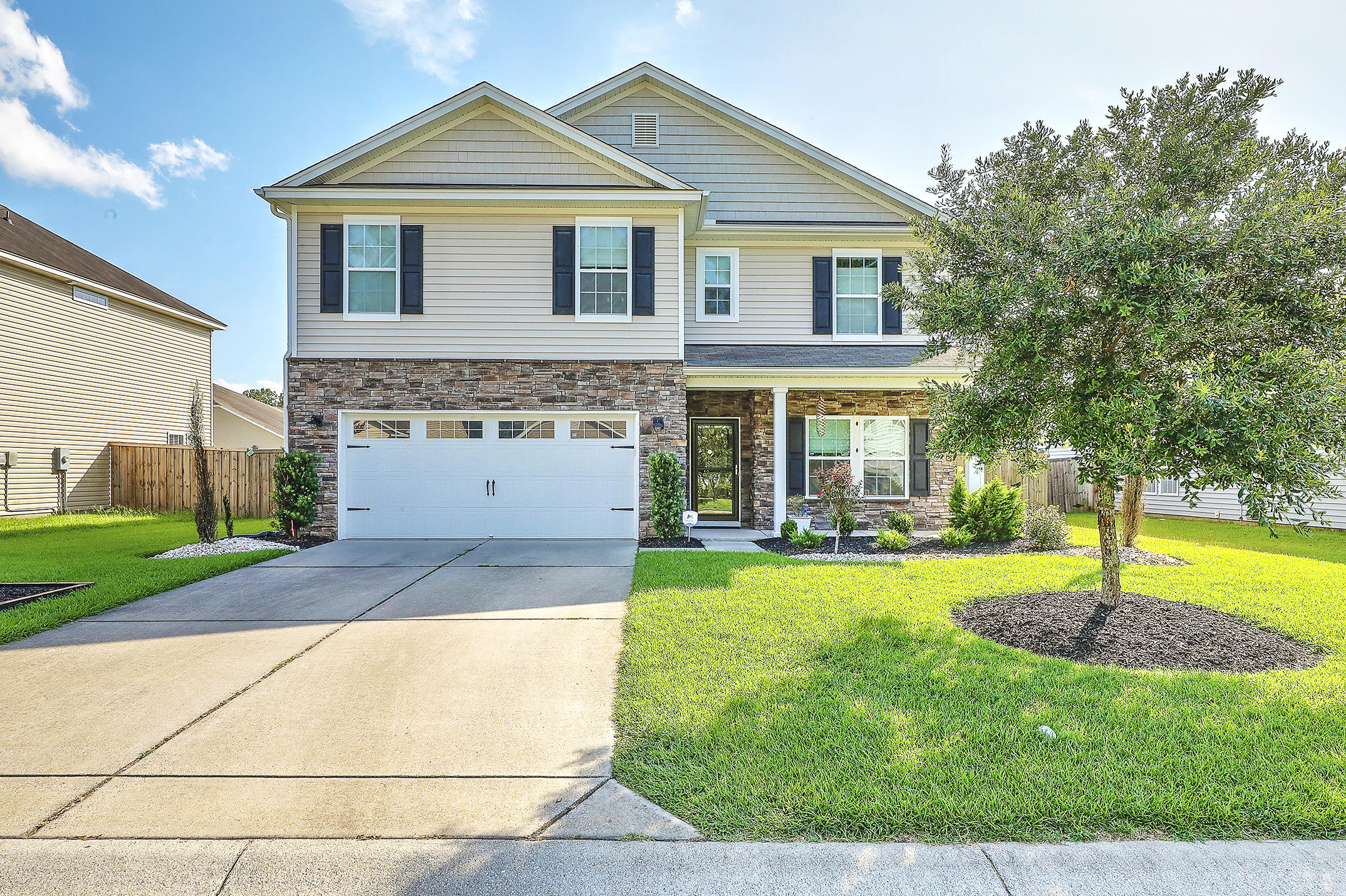 621 Mountain Laurel Circle Goose Creek, SC 29445