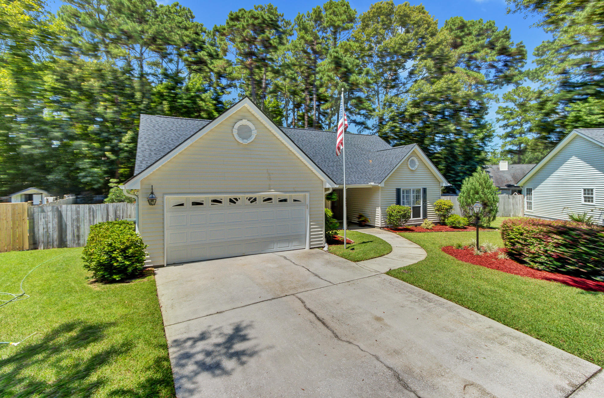 5382 Westchester Place North Charleston, SC 29418