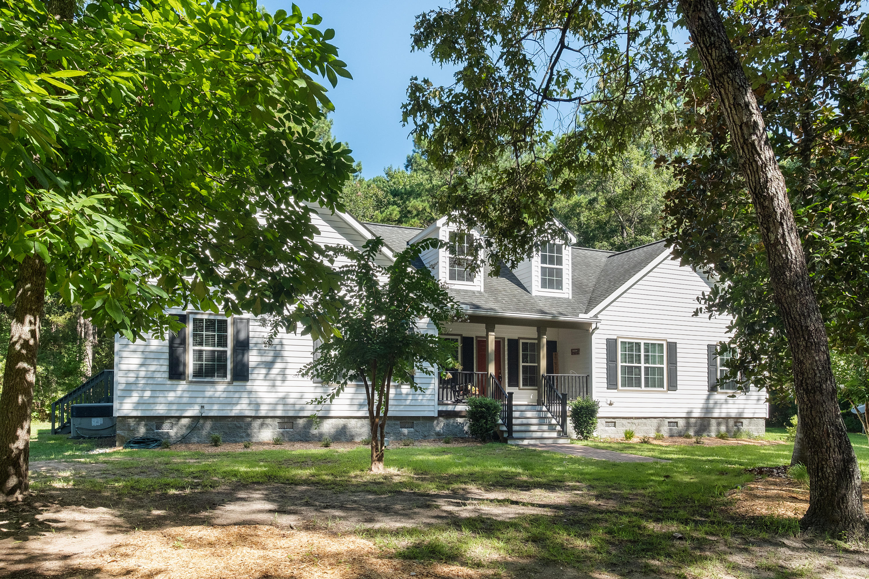 1360 Whippoorwill Farm Road Johns Island, SC 29455
