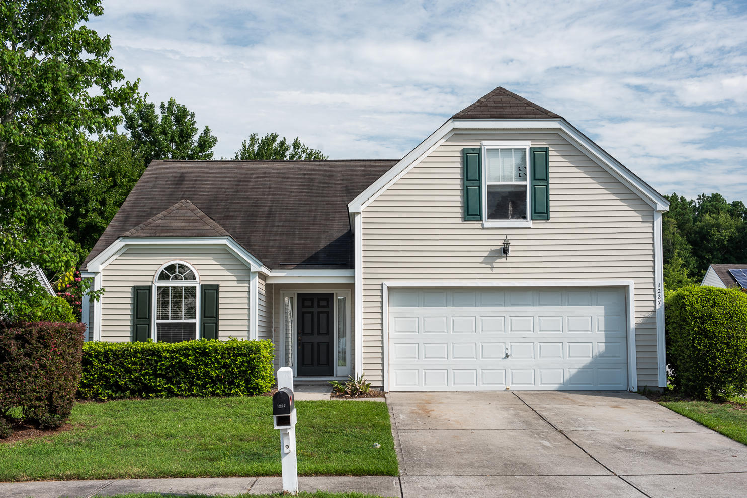 1227 Shadow Mist Lane Charleston, SC 29492