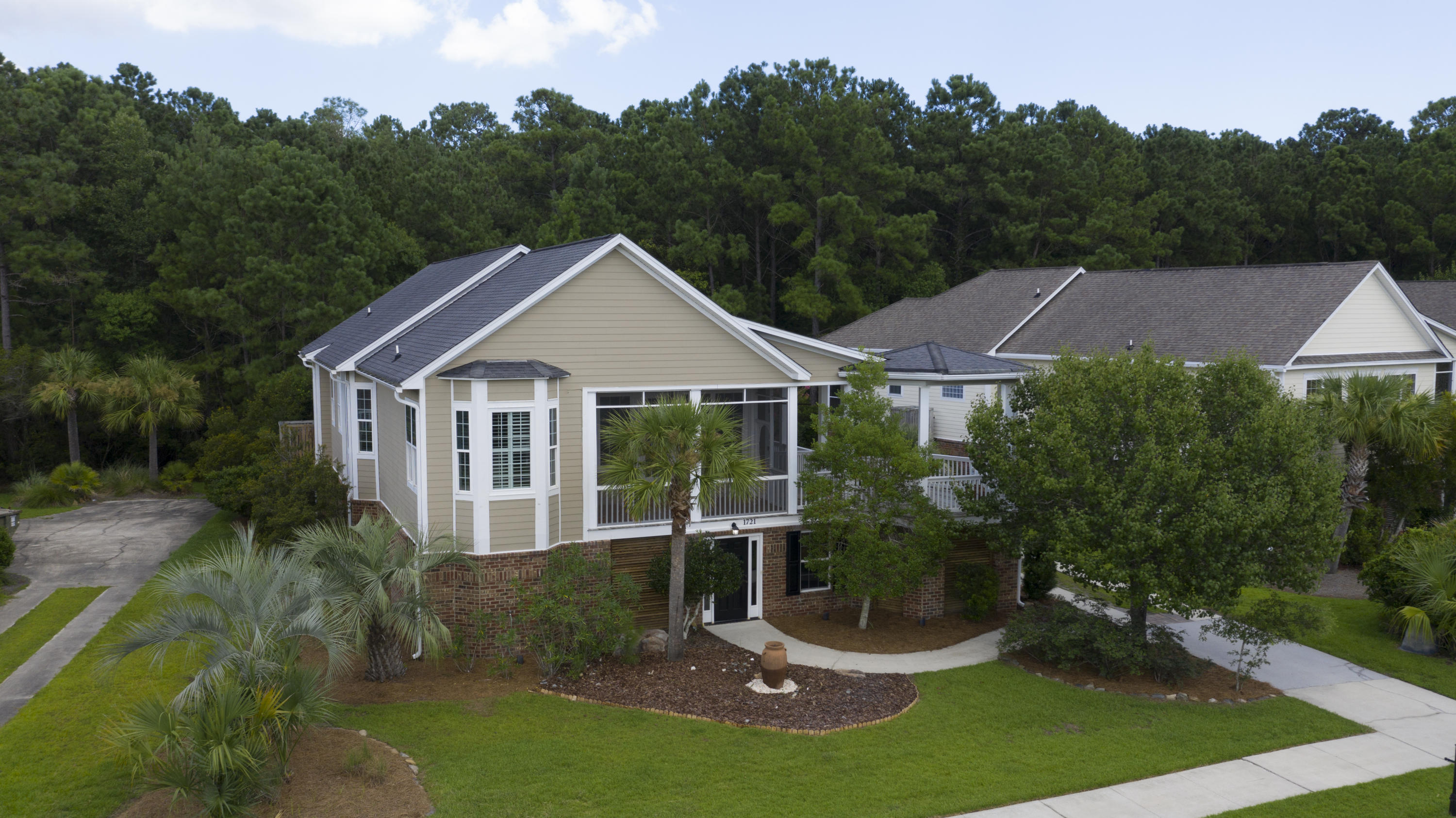 Rivertowne Country Club Homes For Sale - 1721 Rivertowne Country Club, Mount Pleasant, SC - 12