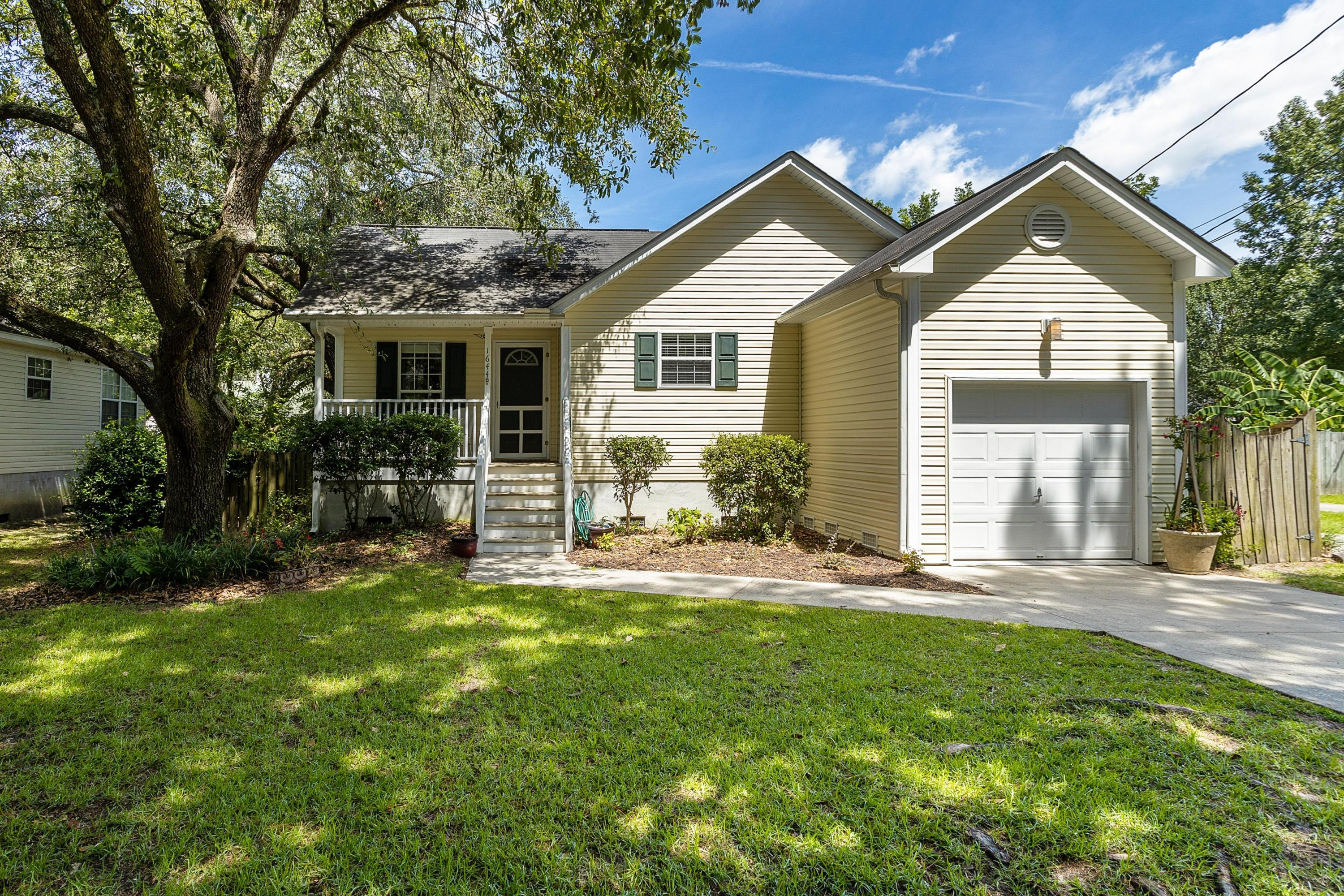 1644 Pierpont Avenue Charleston, SC 29414