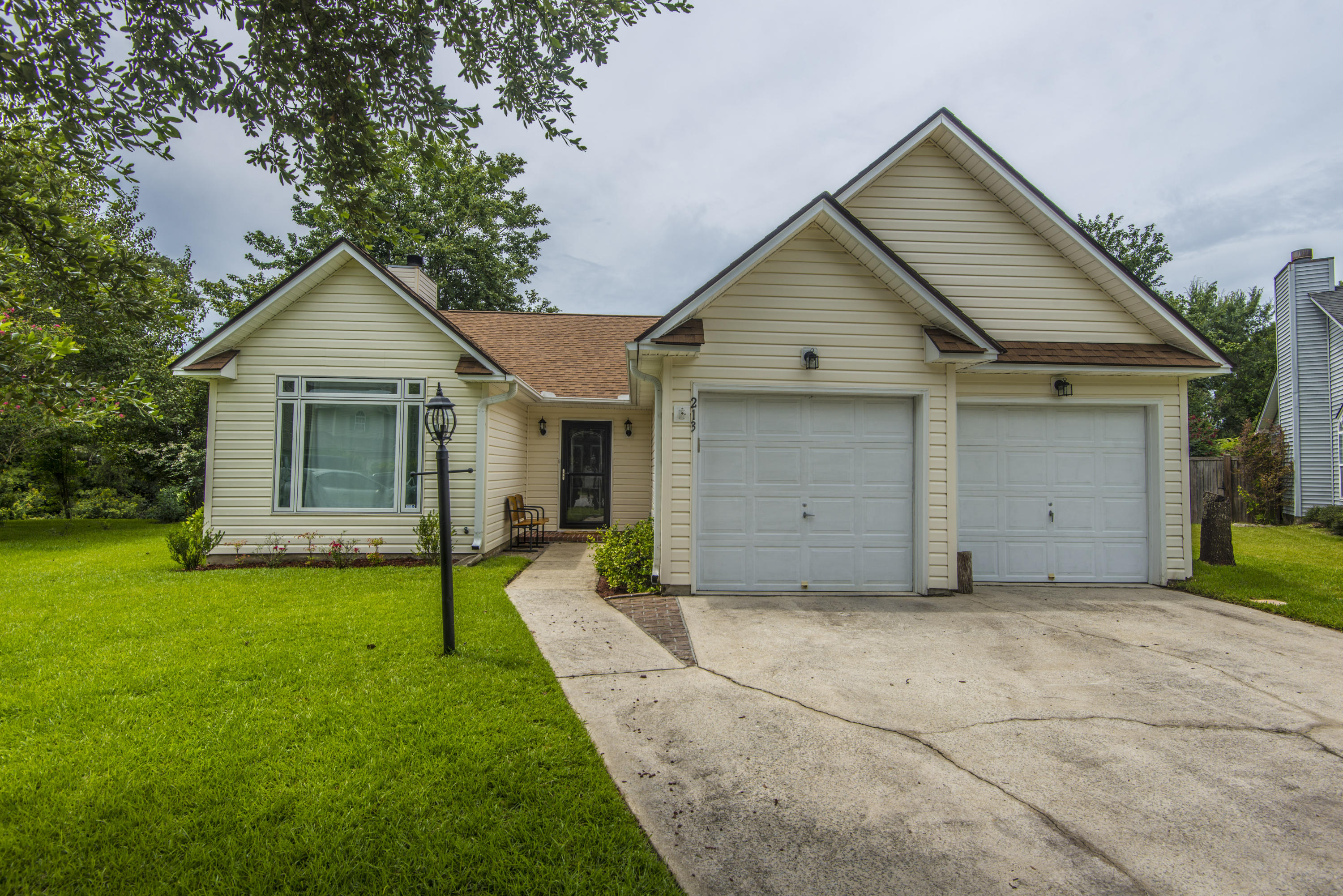 213 Toura Court Charleston, SC 29414