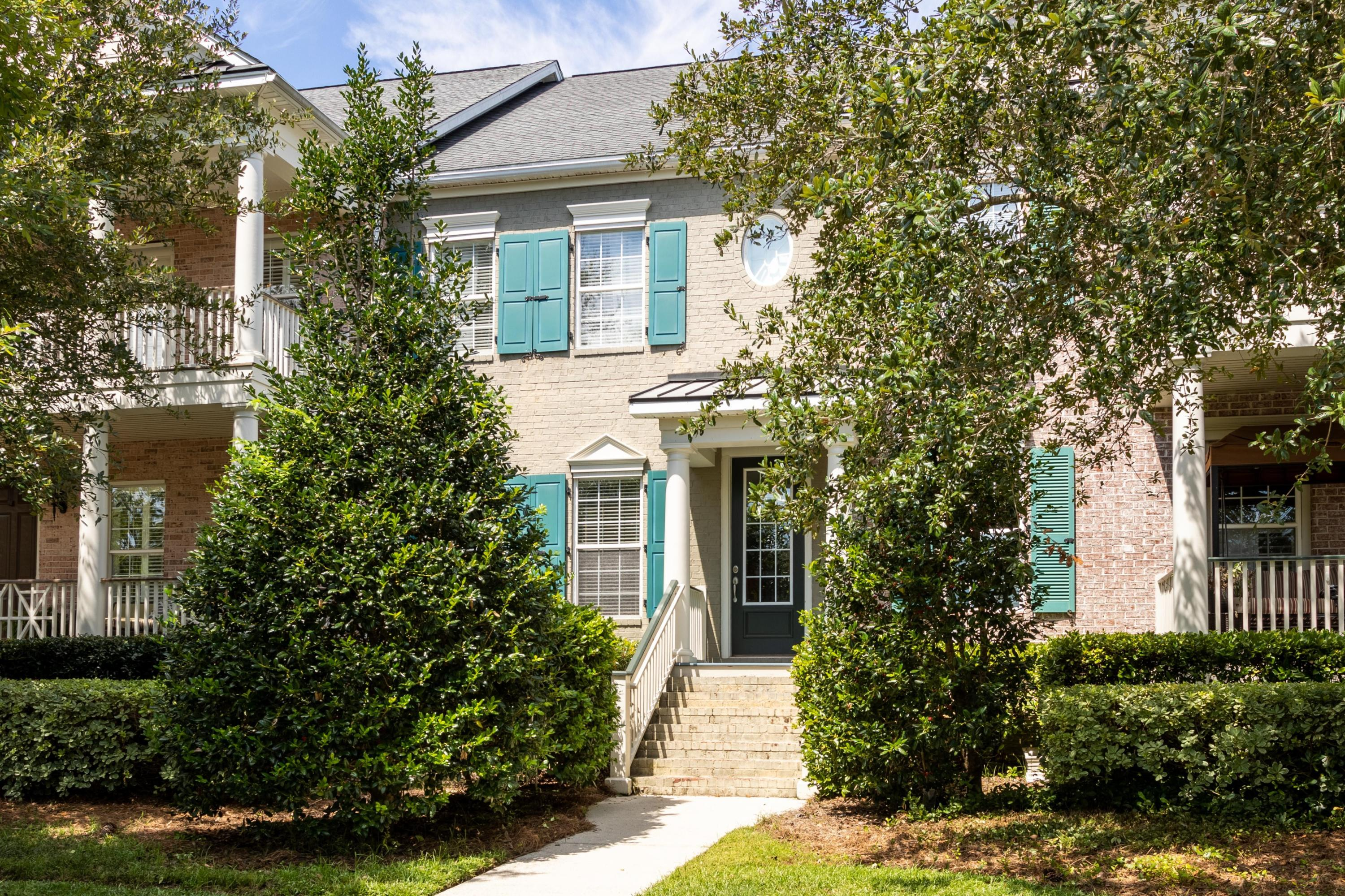1844 Pierce Street Charleston, SC 29492