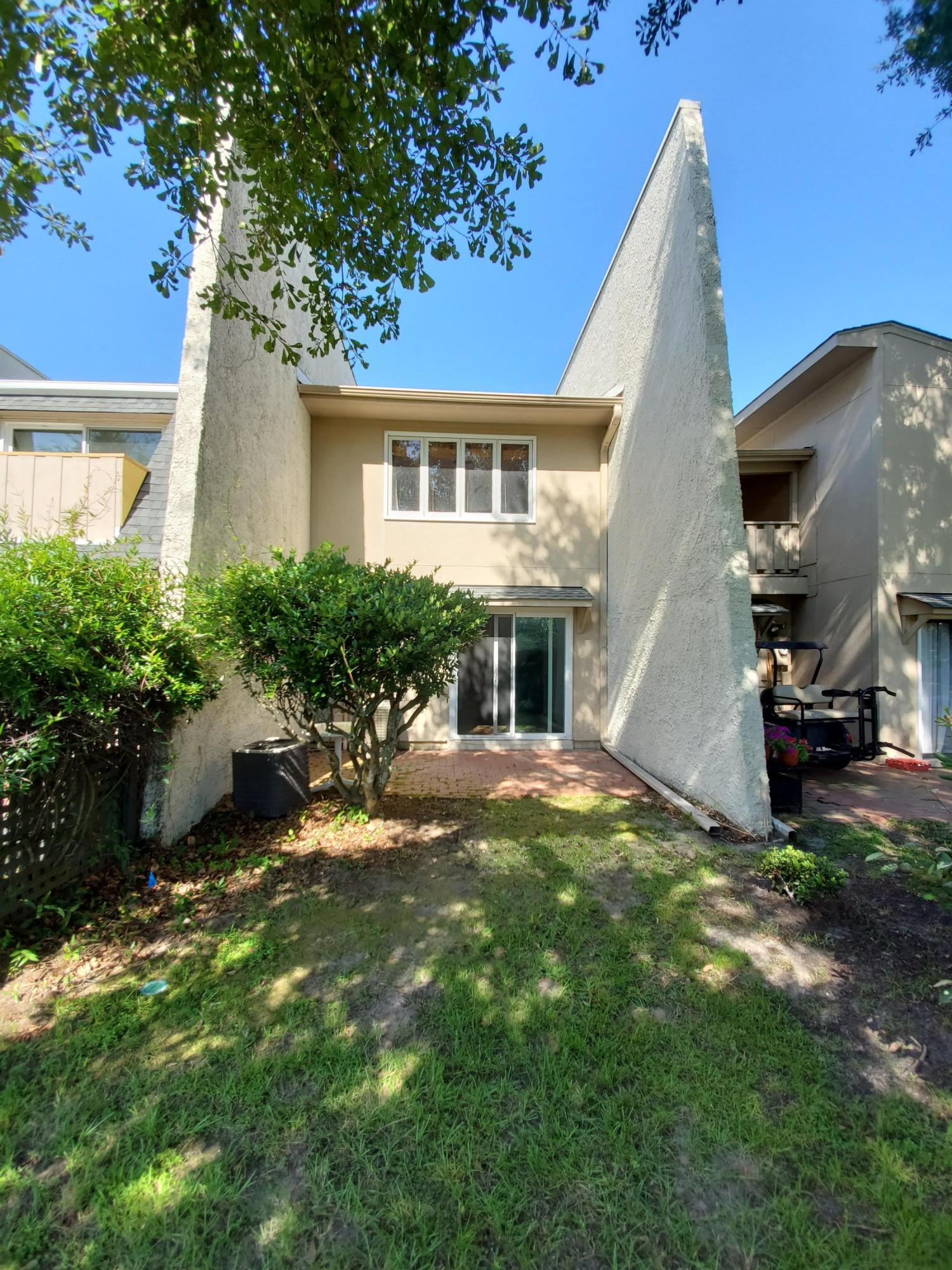 Snee Farm Homes For Sale - 105 Ventura, Mount Pleasant, SC - 5