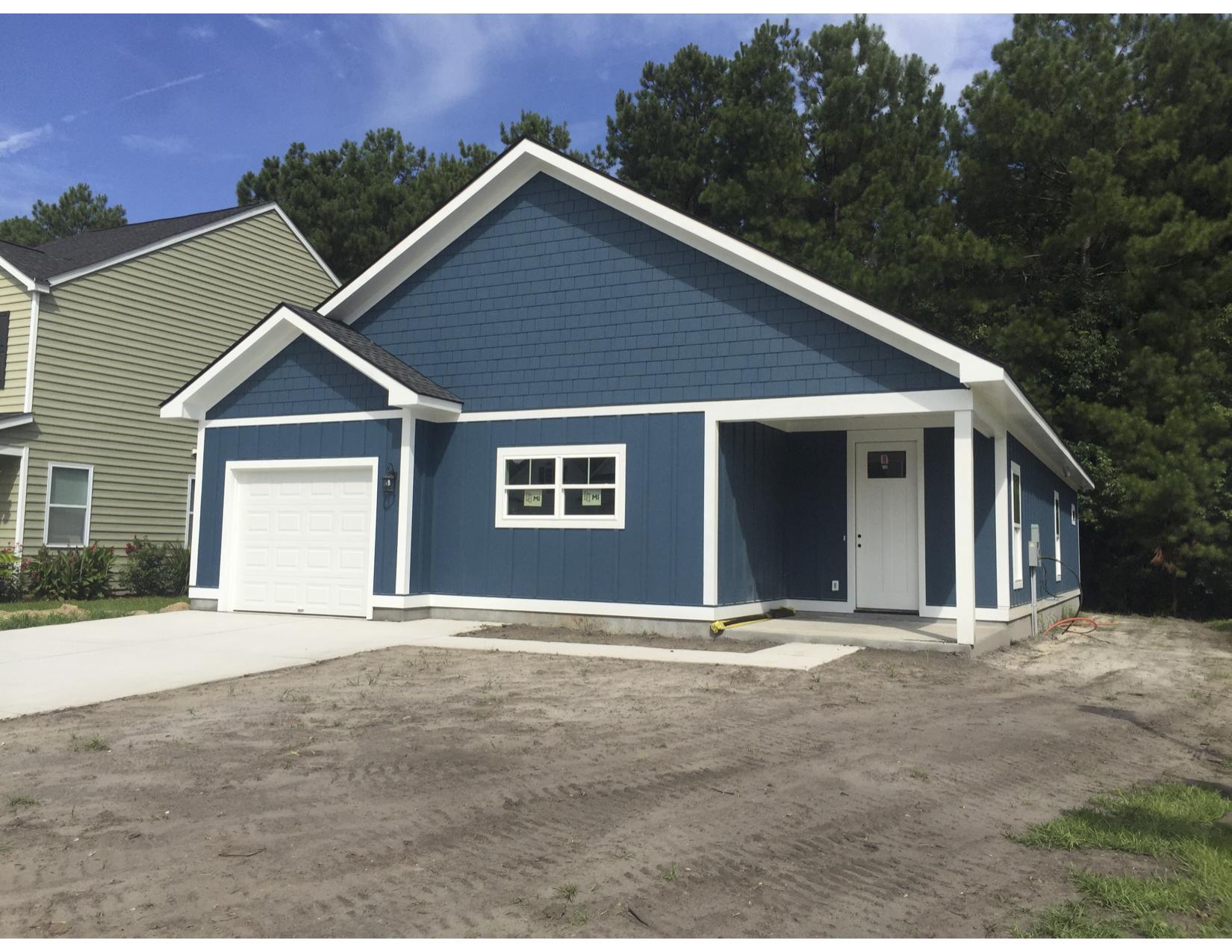 417 Sablewood Drive Huger, SC 29450